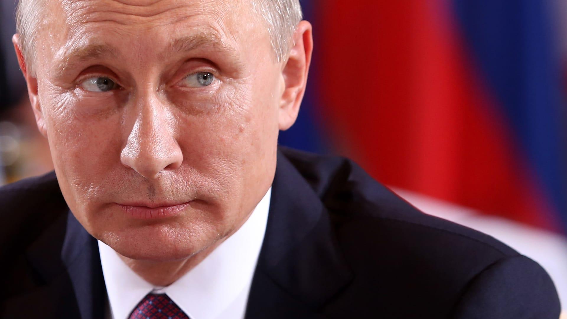 """وصف بوتين بـ""""اللص الصغير"""".. نافالني يصرخ في وجه قاض حاول إسكاته"""