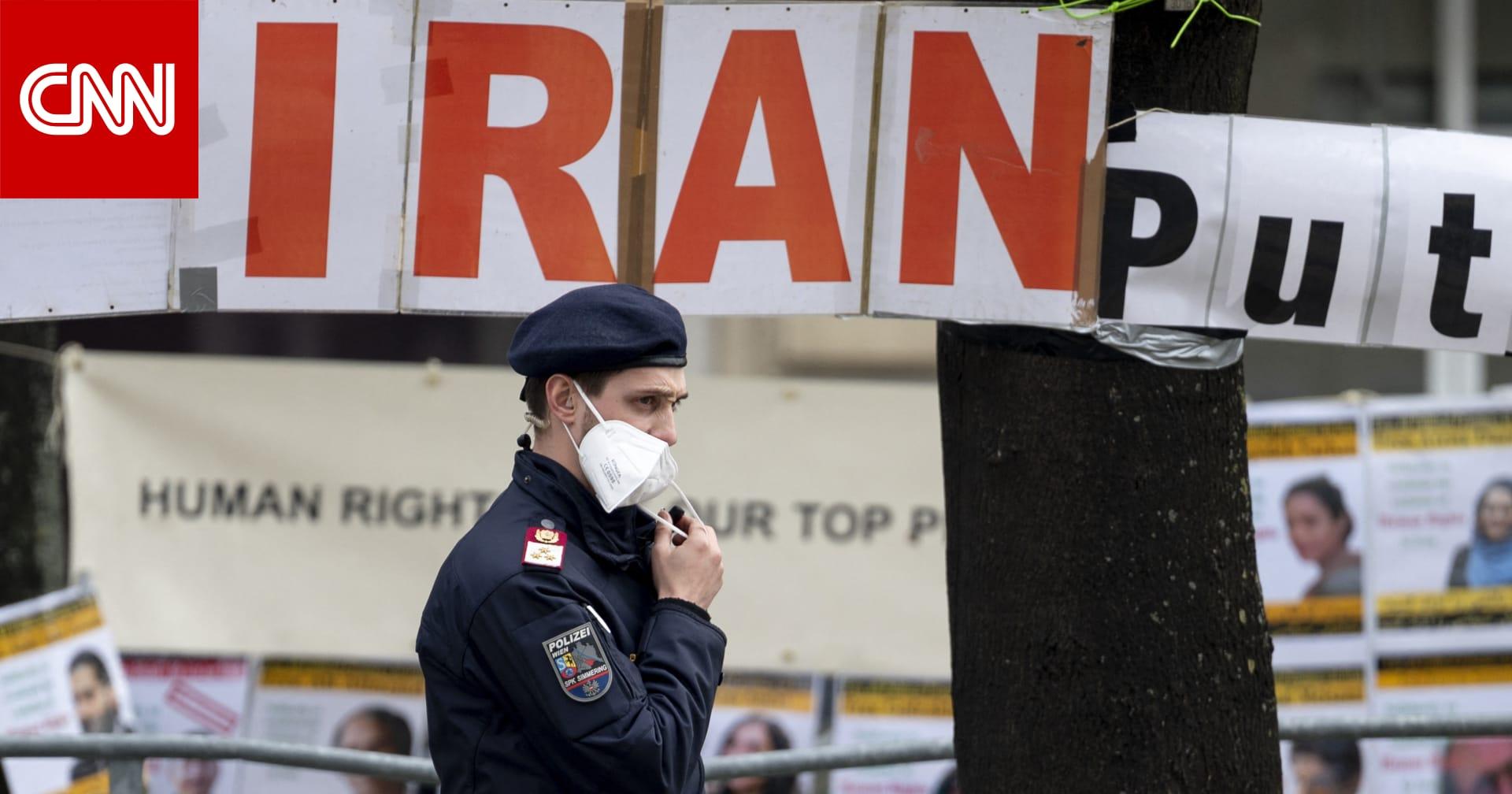 أمريكا تدرس إلغاء تجميد مليار دولار من أموال إيران وسط معارضة في الكونغرس