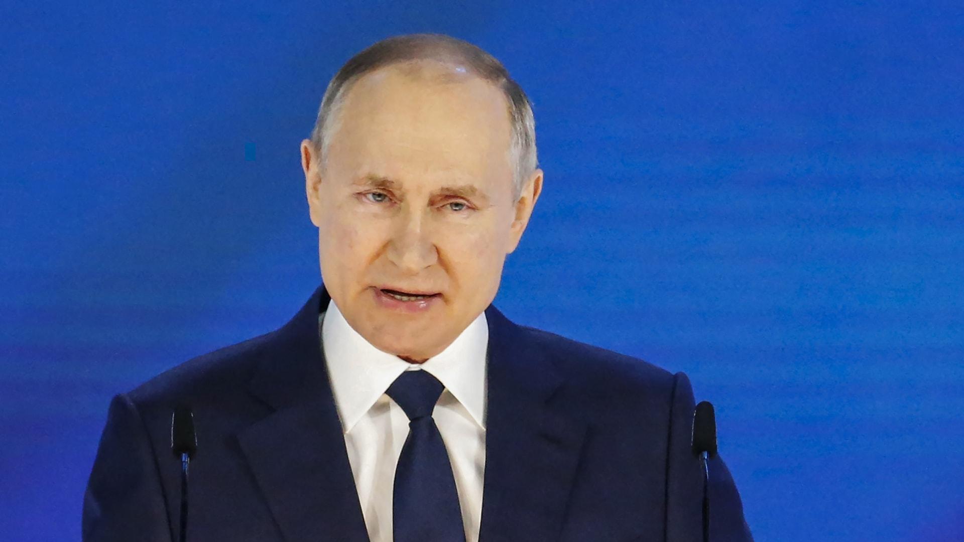 """بوتين: روسيا دولة """"مرحّبة ومنفتحة للصداقة"""".. وآمل ألا تعبر أي دولة """"الخط الأحمر"""""""