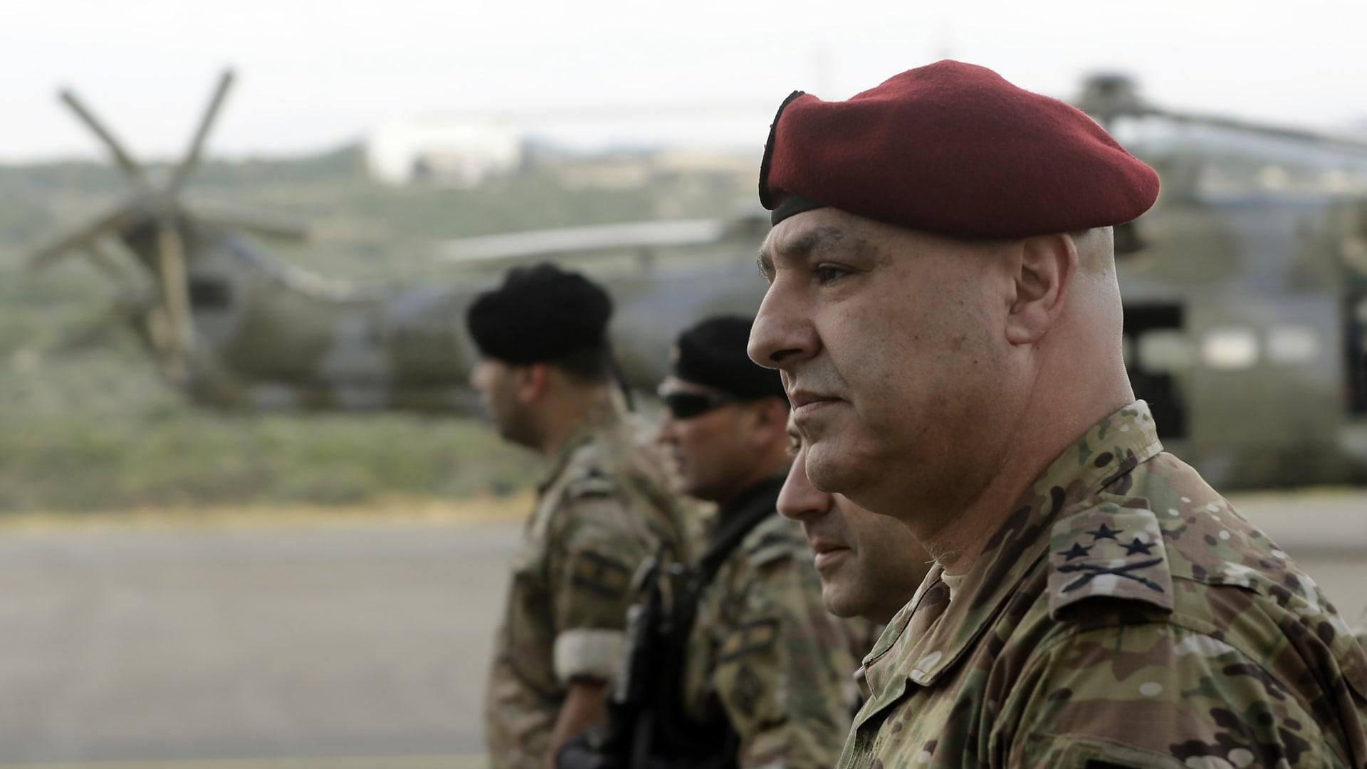 لبنان: قائد الجيش يحذر من انفجار الوضع بالبلاد.. ويتحدث عن دور الجيش في المفاوضات مع إسرائيل