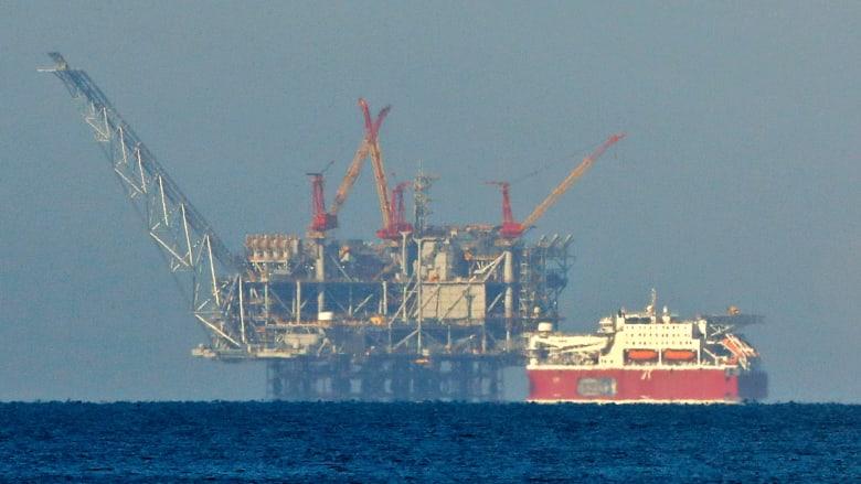 مصر تطرح أول مزايدة عالمية للتنقيب عن النفط في 2021