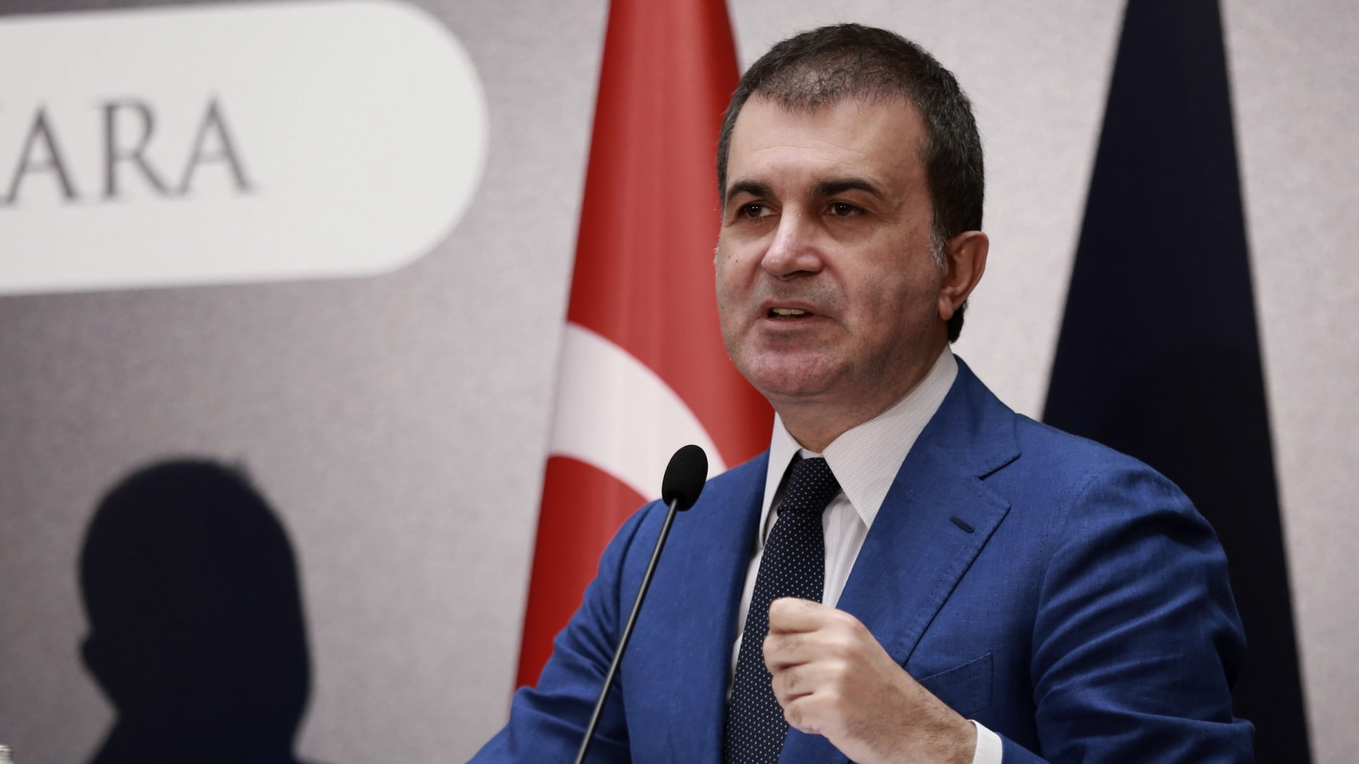 مُتحدث الحزب الحاكم بتركيا: لم نغير موقفنا السياسي من إرساء الديمقراطية في مصر.. وحوارنا ضرورة