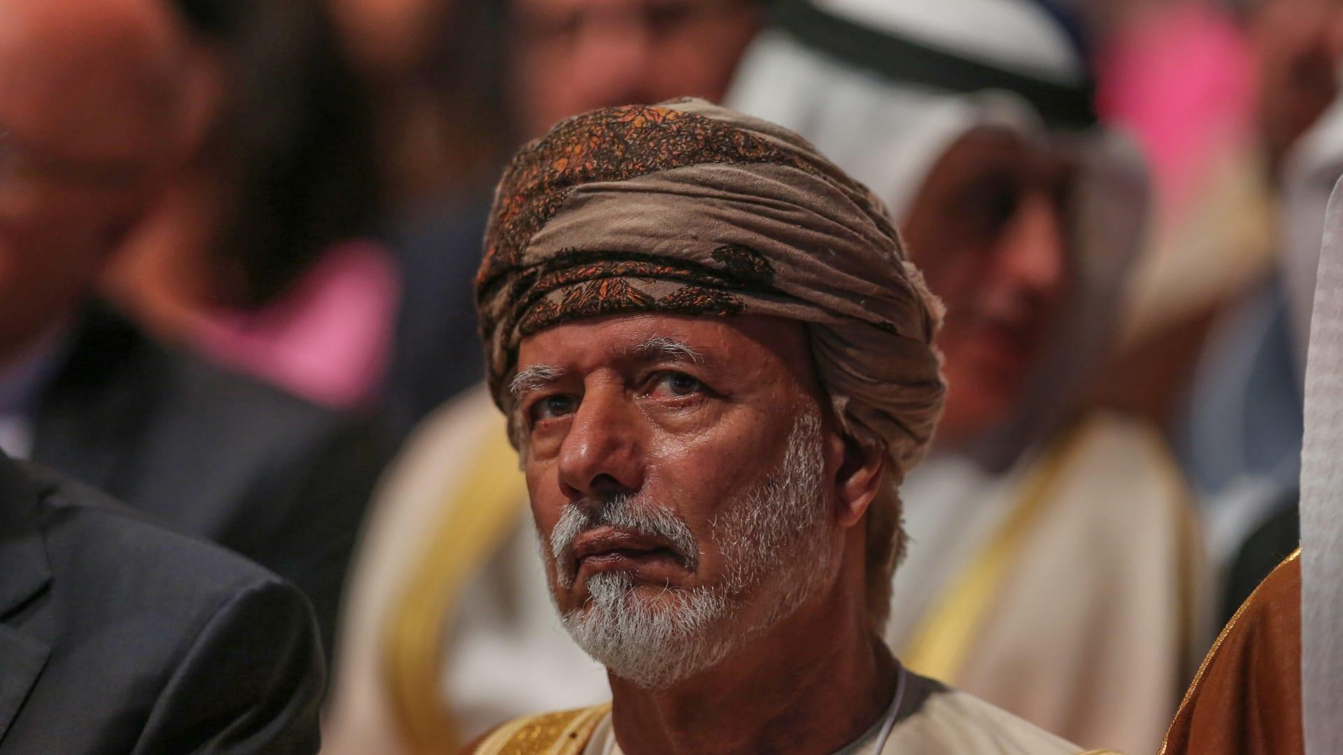 وزير خارجية عُمان السابق يوسف بن علوي