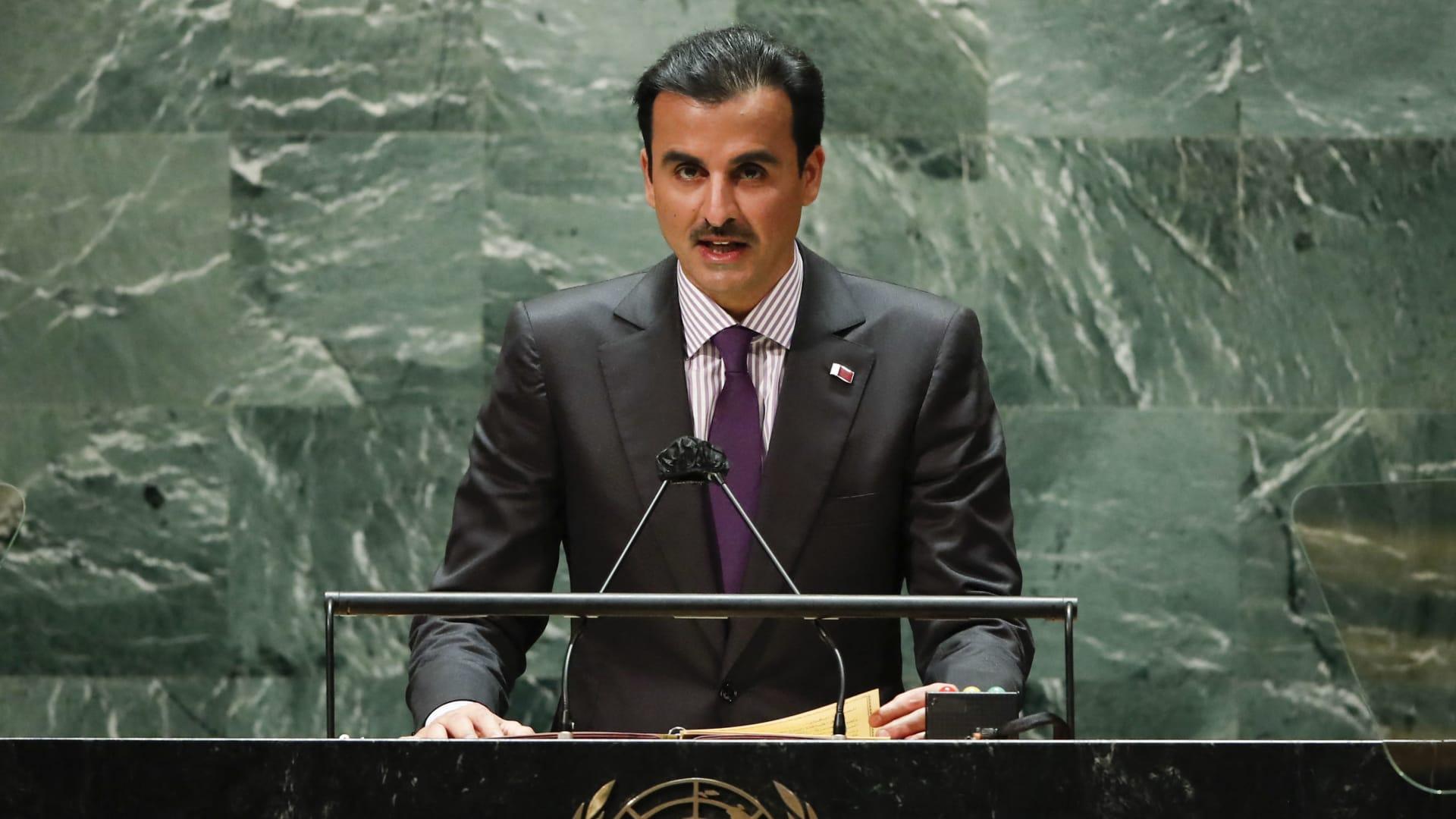 أمير قطر: إعلان العلا تجسيد لحل الخلافات بالحوار.. ولا يعقل لدول كبرى أن تفرض على أخرى شكل نظامها