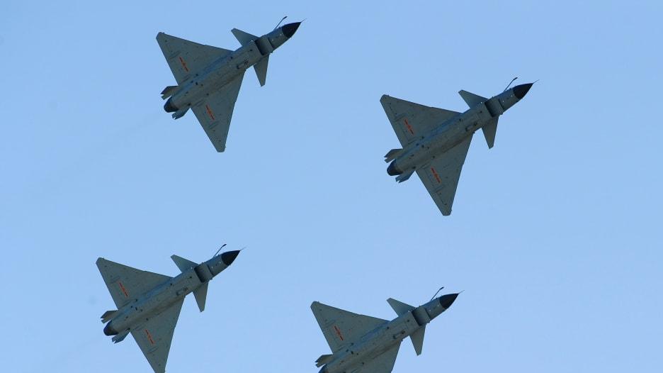 بعد هبوط طائرة عسكرية أمريكية.. مقاتلات صينية تتوغل في أجواء تايوان