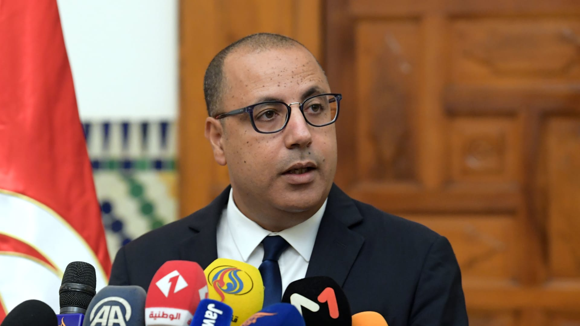 تونس.. تغيير حكومي يشمل 12 وزارة.. وقيس سعيد: لا خضوع للابتزاز والمقايضة