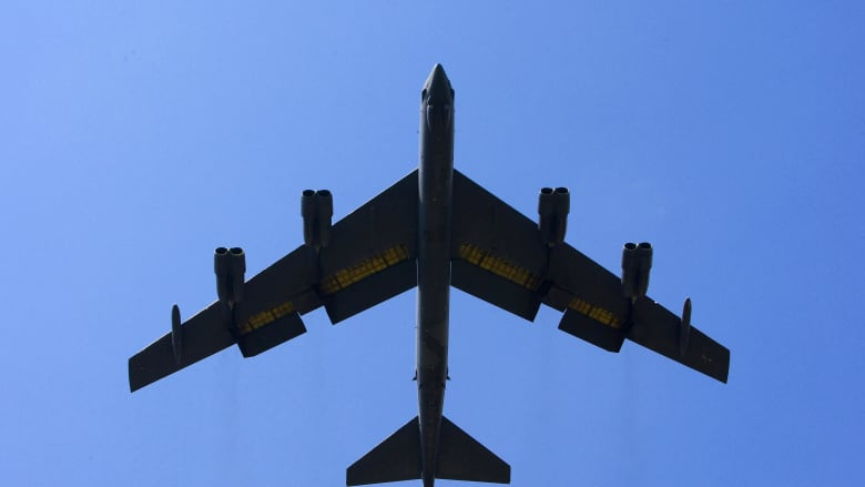 قاذفات B-52 تحلق فوق الشرق الأوسط من جديد بعد مناورات إيرانية