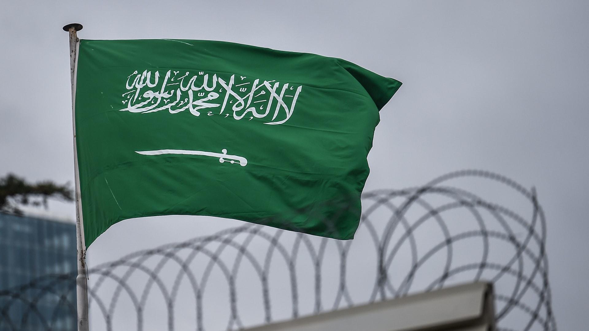 بعد سنوات من القطيعة.. وزير الخارجية السعودي يستقبل نظيره التركي في مكة