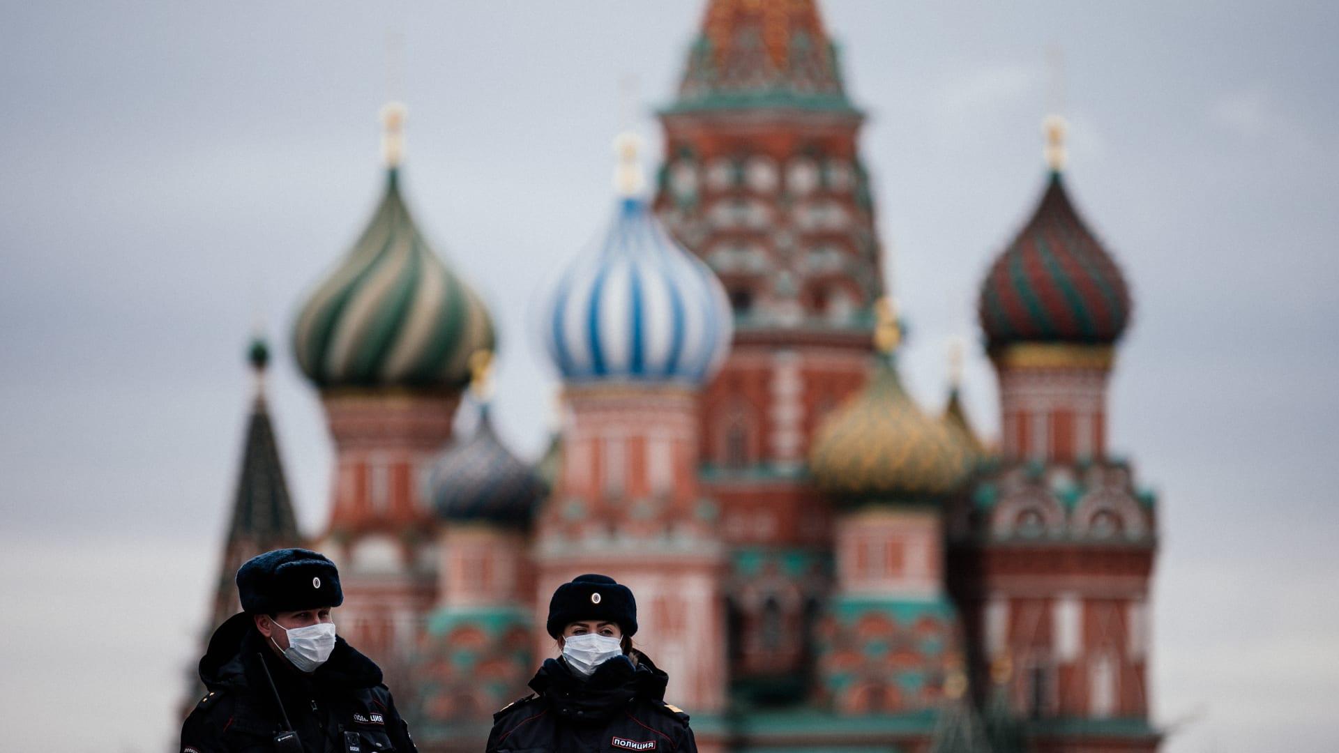 شاهد.. كيف حدث التدخل الروسي المزعوم بالانتخابات الأمريكية؟