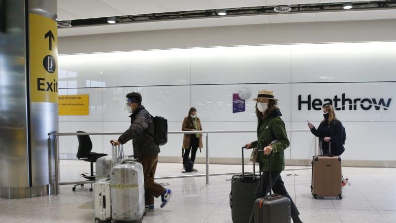"""أكثر من 230 ألف يوقعون على عريضة بريطانية ضد إدخال """"جوازات سفر لقاح"""" كورونا"""