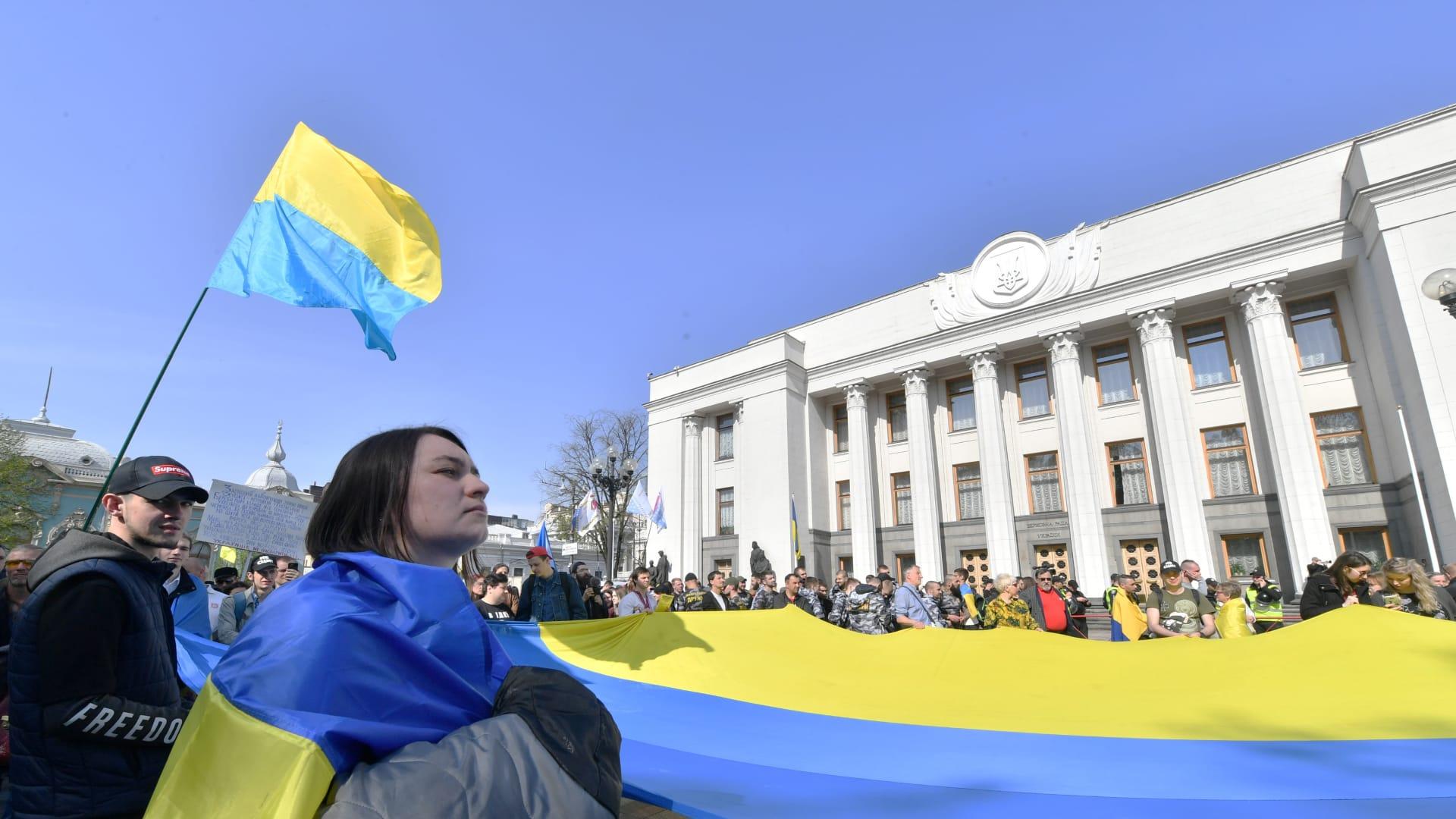 أوكرانيا تطرد دبلوماسيًا روسيًا في خطوة انتقامية ردًا على طرد قنصلها في سان بطرسبرغ