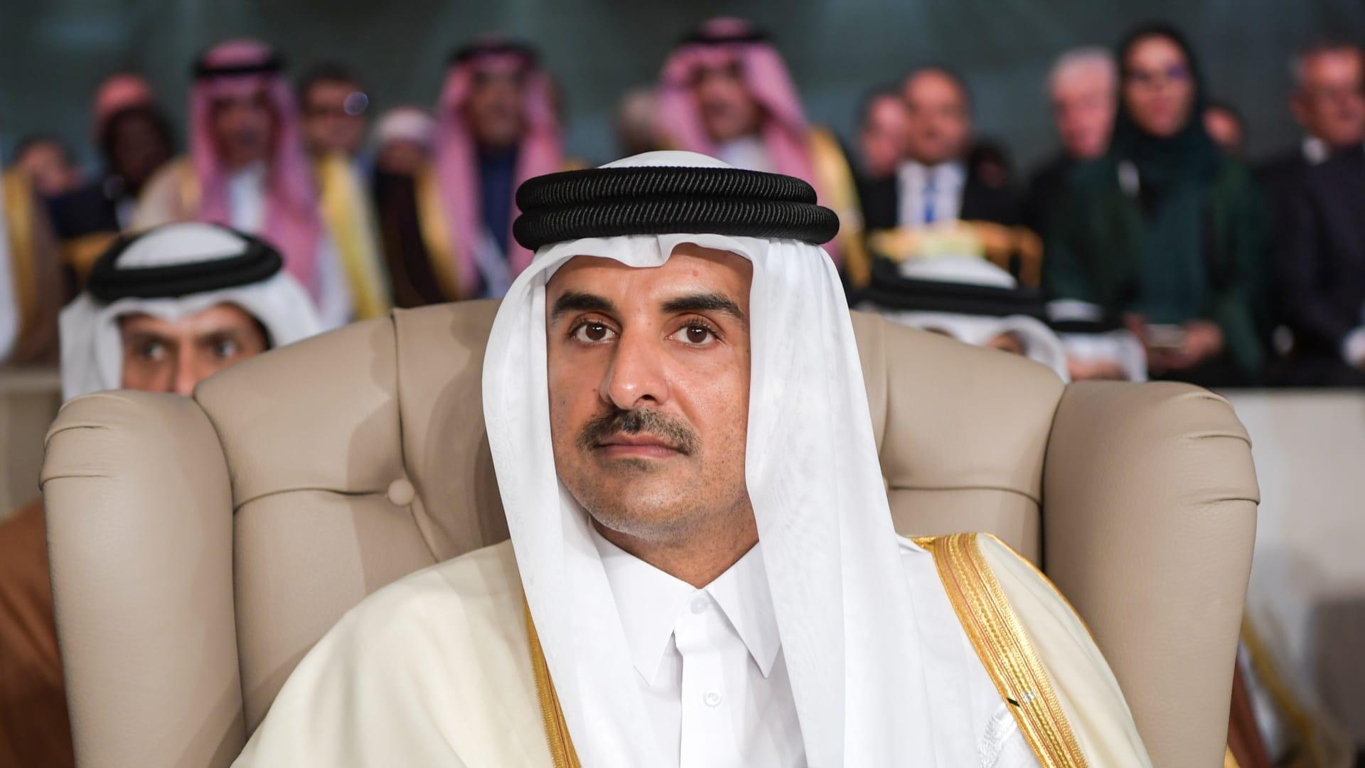 أمير قطر يحيى ذكرى مشاركة قوات بلاده في معركة تحرير الخفجي بالسعودية