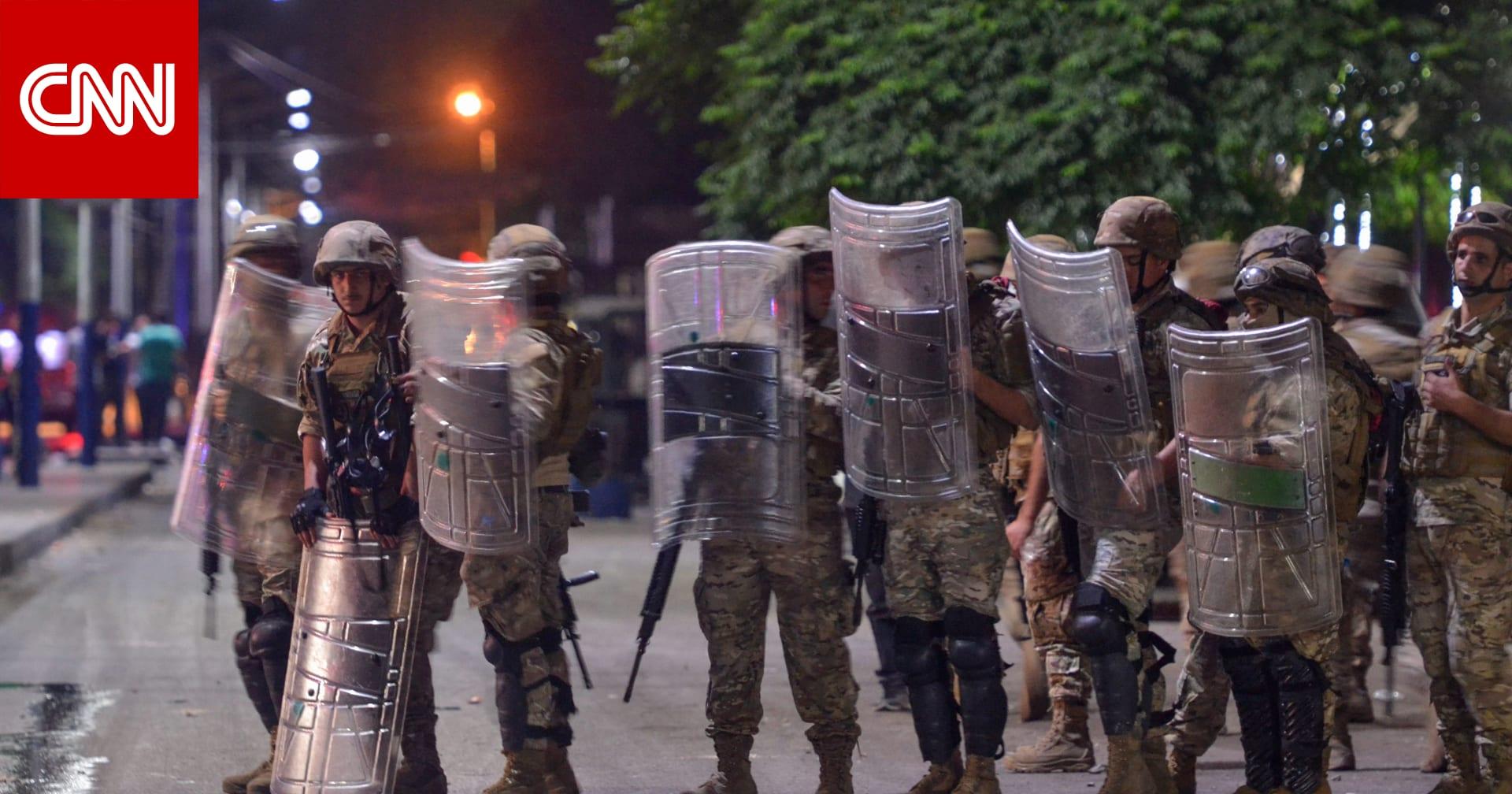 اشتباكات بين محتجين والجيش اللبناني في طرابلس.. وإصابة 10 جنود