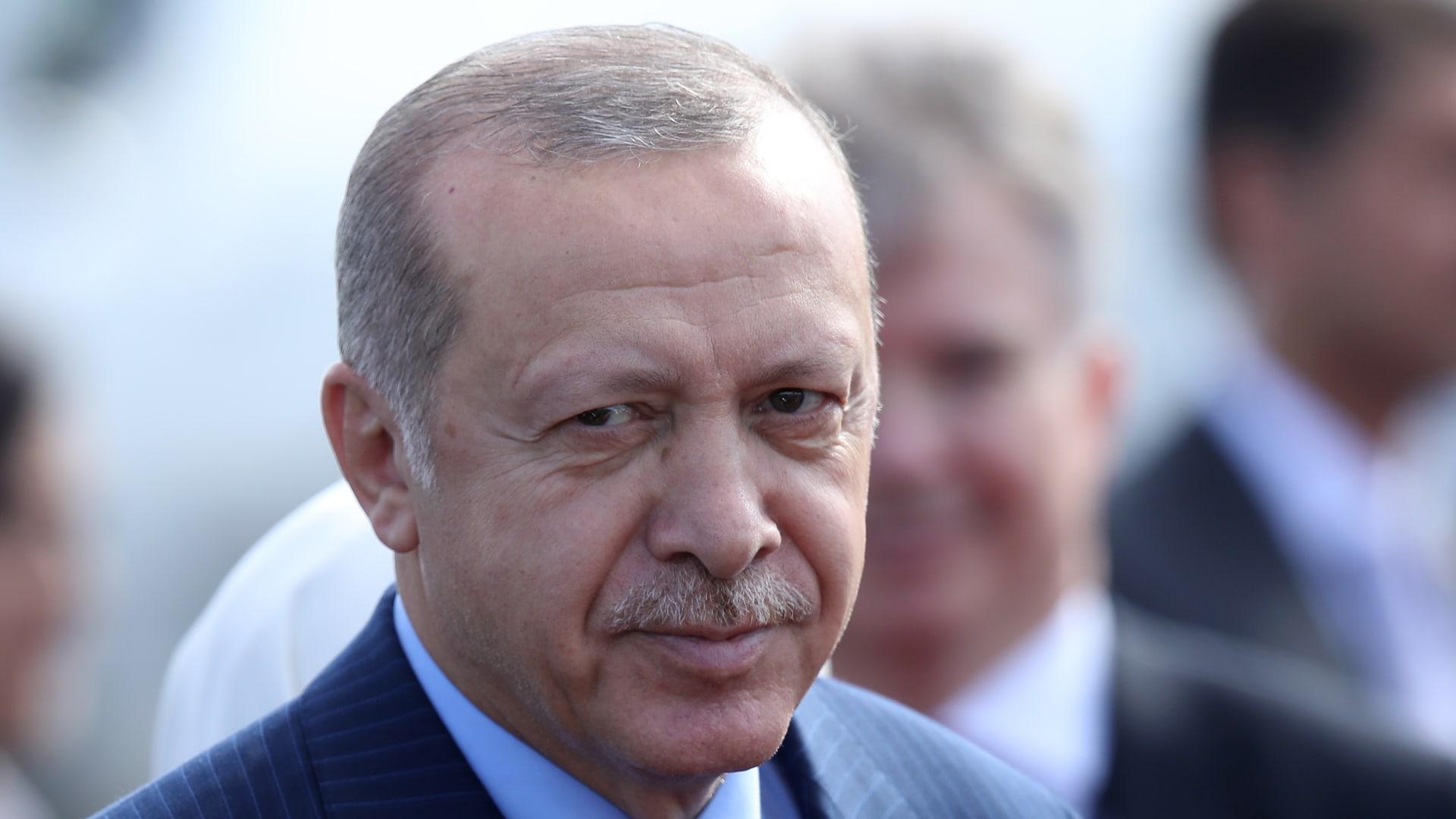 """بعد دعوات من جماعات """"متدينة"""".. أردوغان يقرر سحب تركيا من اتفاقية لحماية المرأة"""