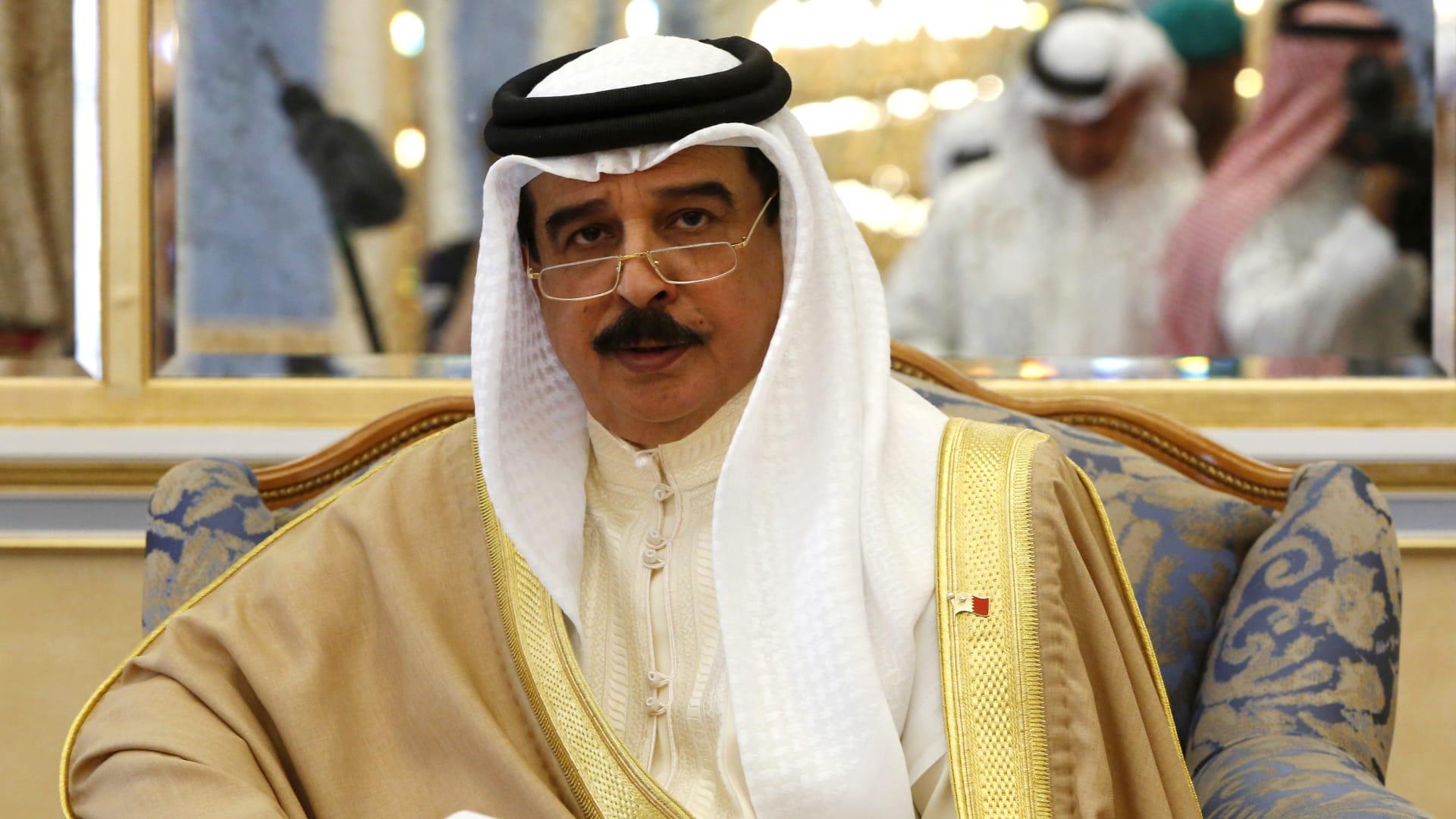 في ضيافة السيسي.. ملك البحرين يعرب عن موقف بلاده من أزمة سد النهضة
