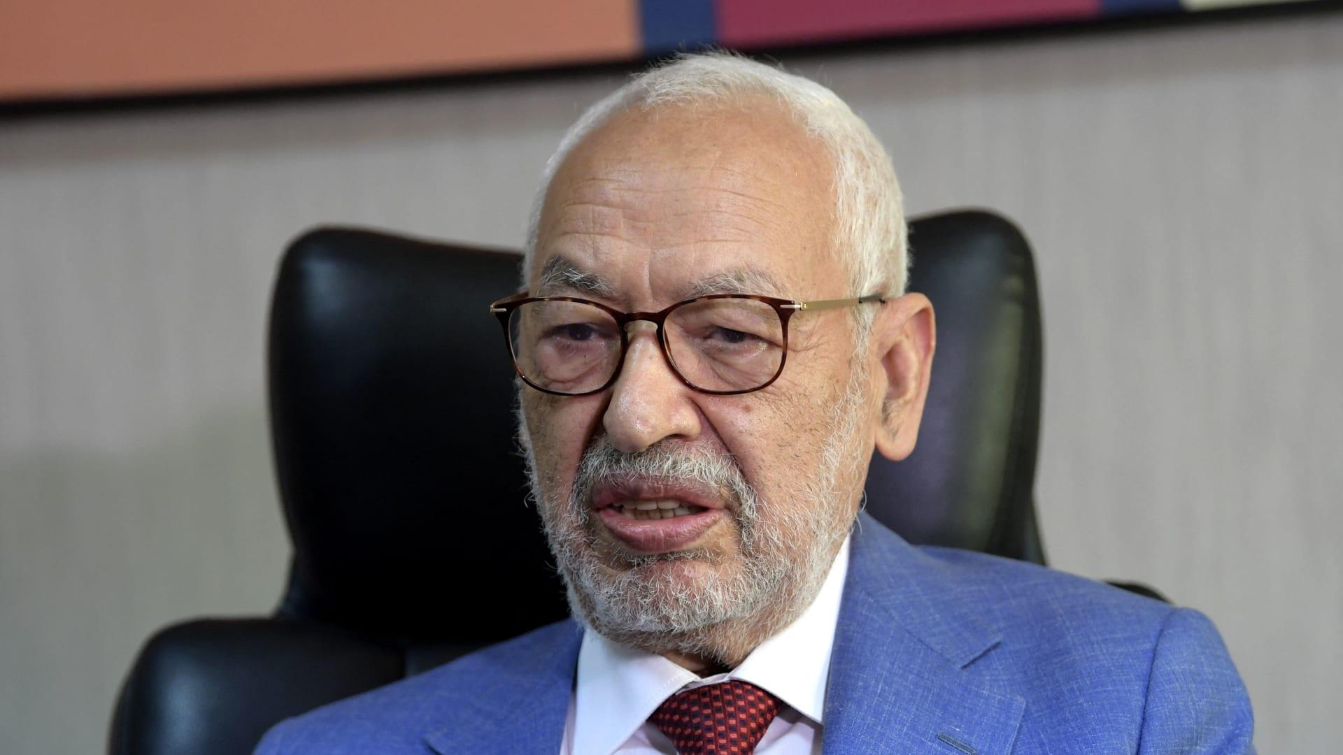 النهضة تُعلق على مزاعم تجسس دولة عربية على راشد الغنوشي وتطالب بتحقيق