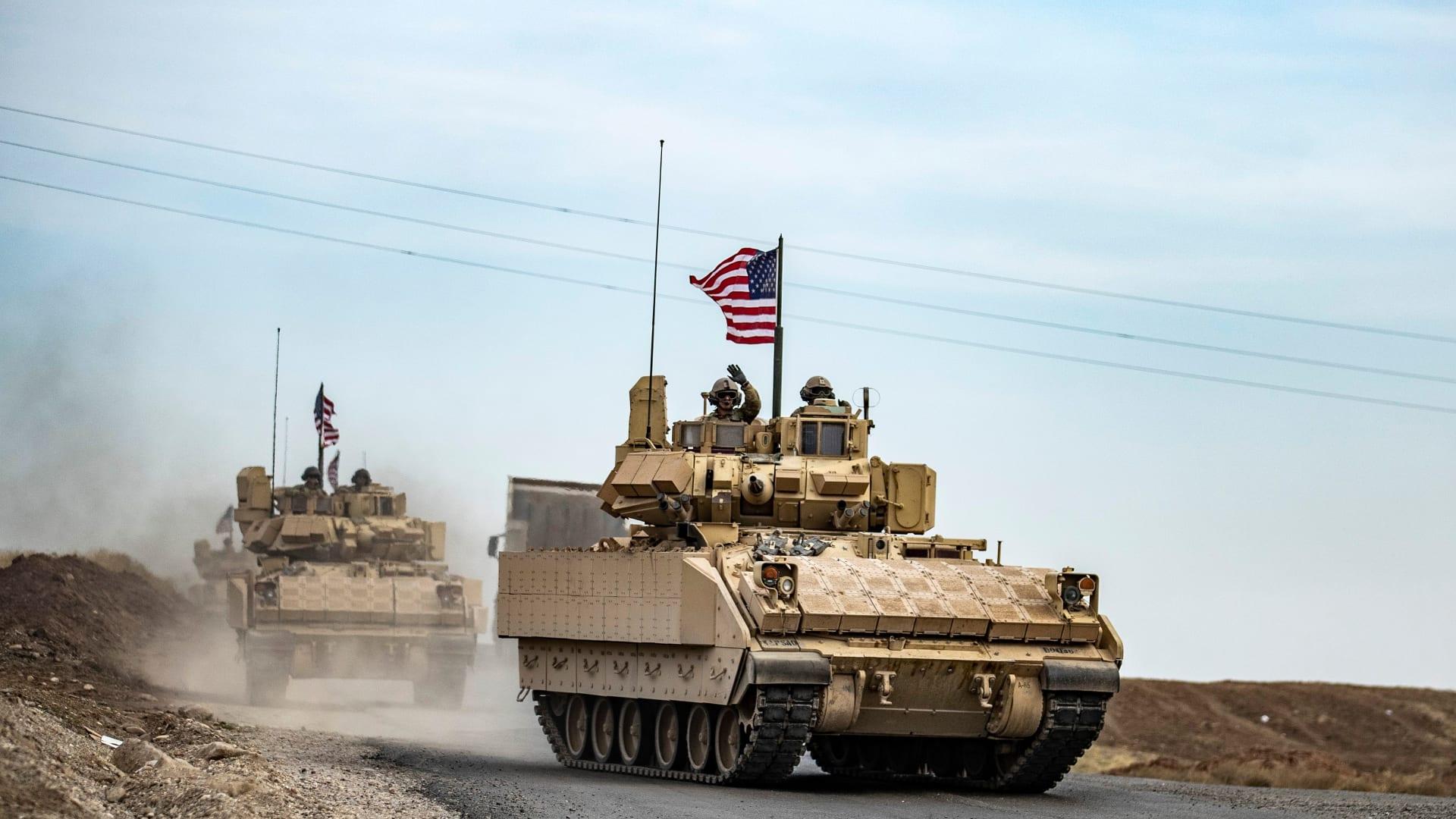 سحب القوات الأمريكية وخفض مستوياتها إلى 2500 في العراق وأفغانستان