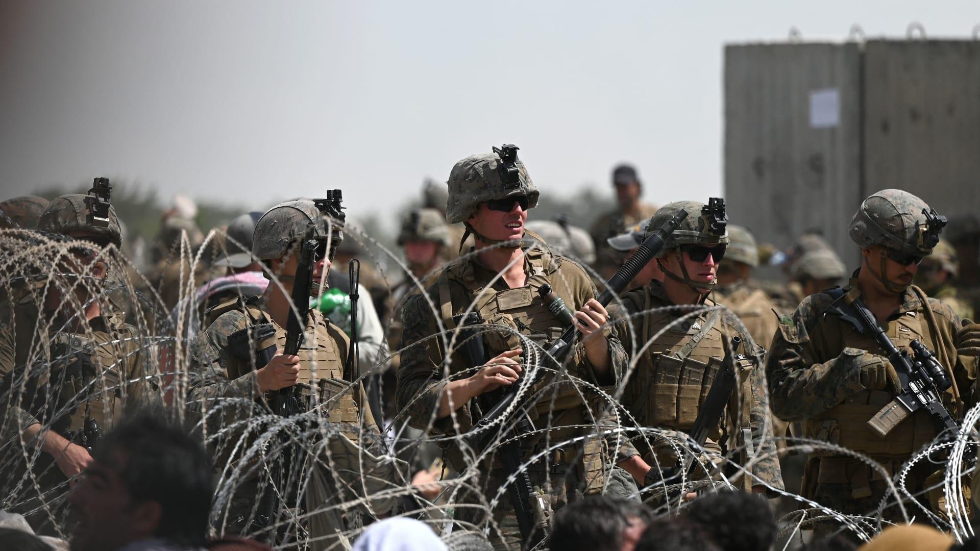 بايدن: نحن ندرس كل وسيلة متاحة لإجلاء الناس من كابول