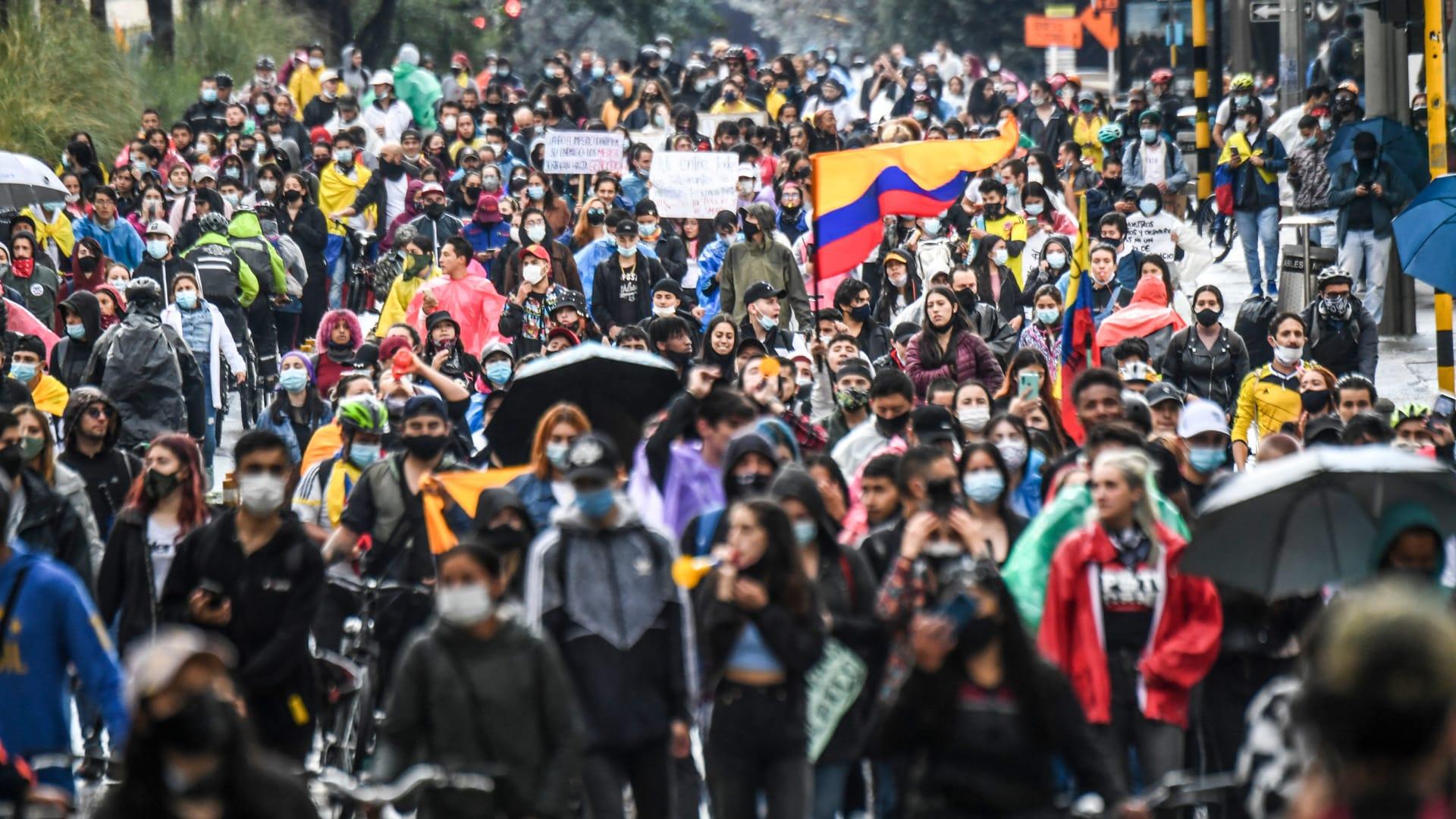 ارتفاع حصيلة القتلى في اضطرابات كولومبيا المستمرة إلى 27