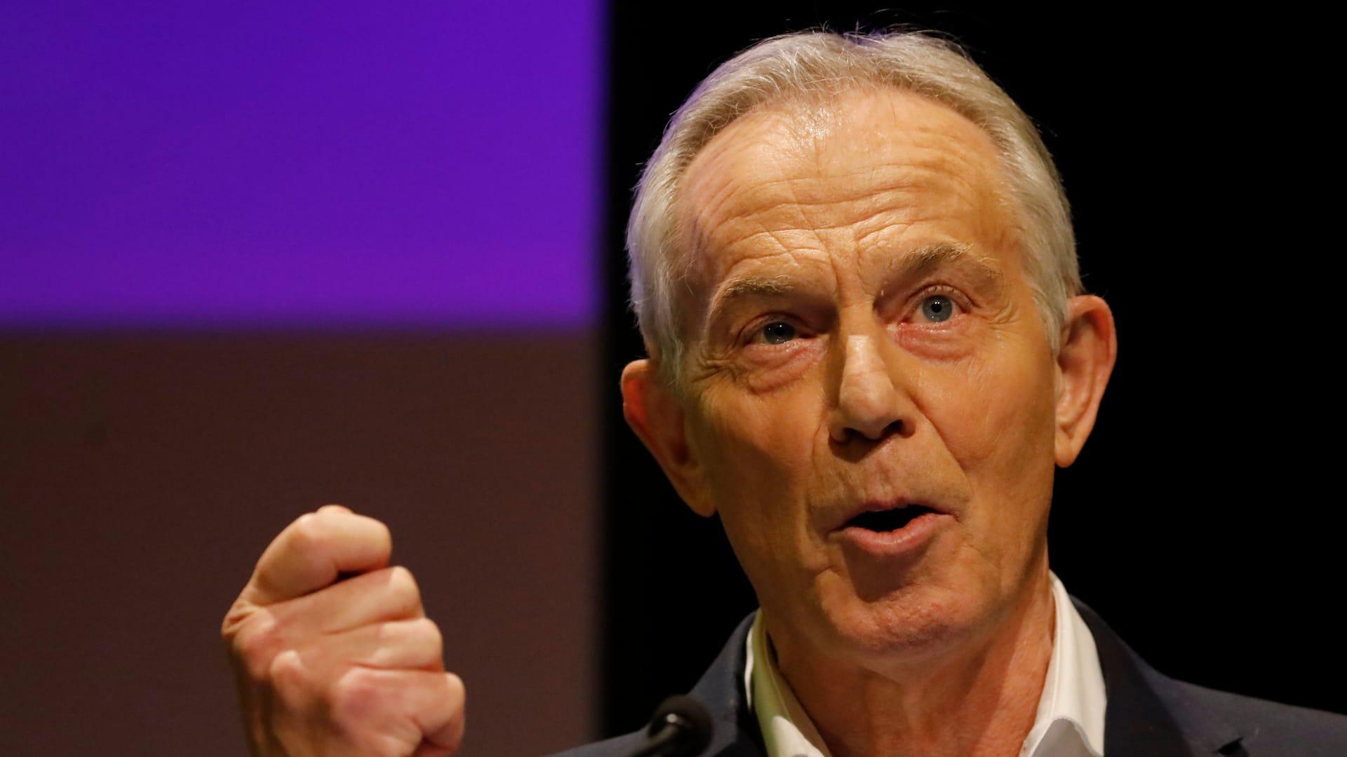 """""""أحمق للغاية"""".. توني بلير عن خلاف الاتحاد الأوروبي مع بريطانيا حول لقاح أسترازينيكا"""