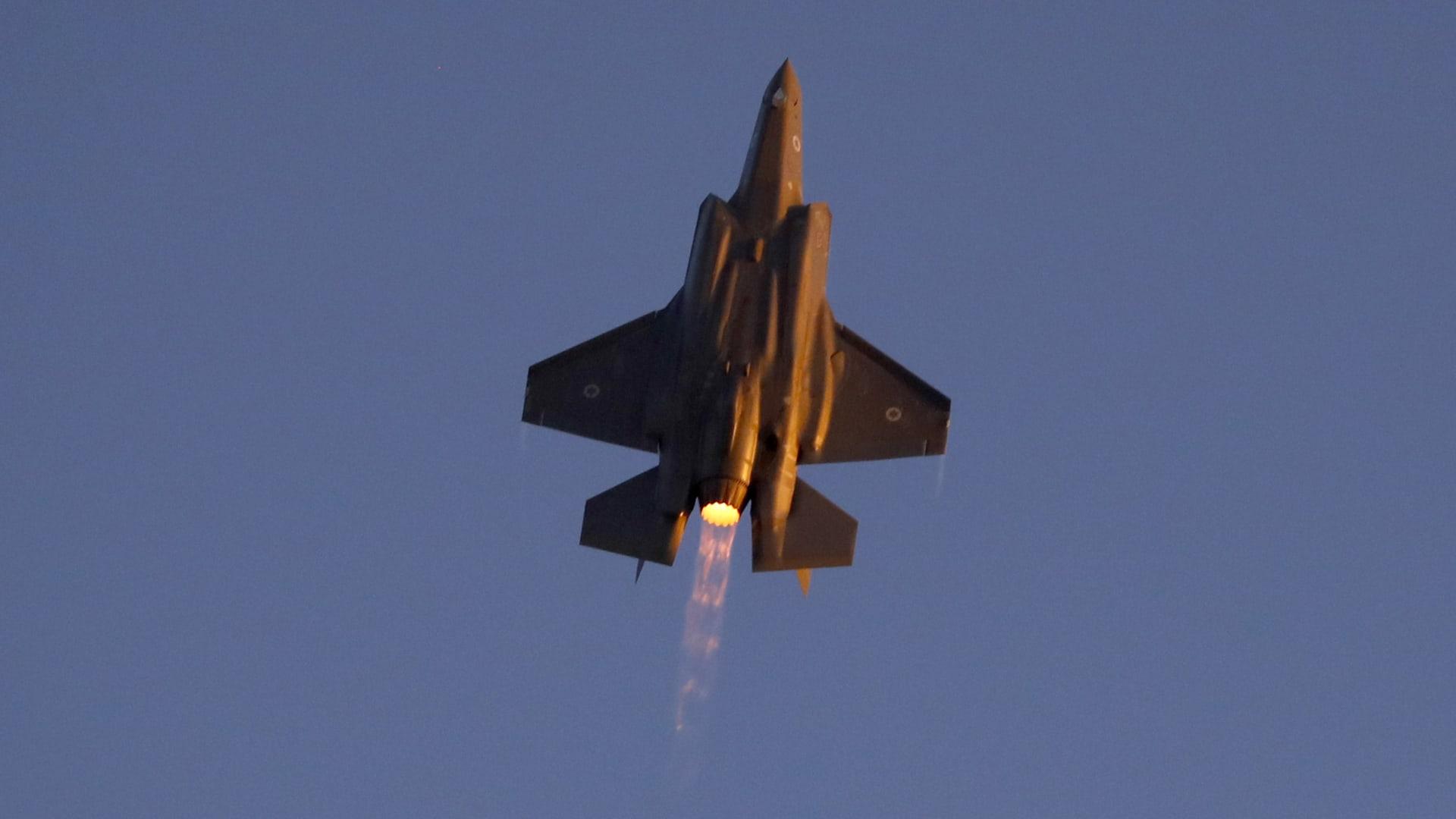 الإمارات: أنهينا خطابات الاتفاق على صفقة شراء مقاتلات F-35 في آخر يوم لحكم ترامب