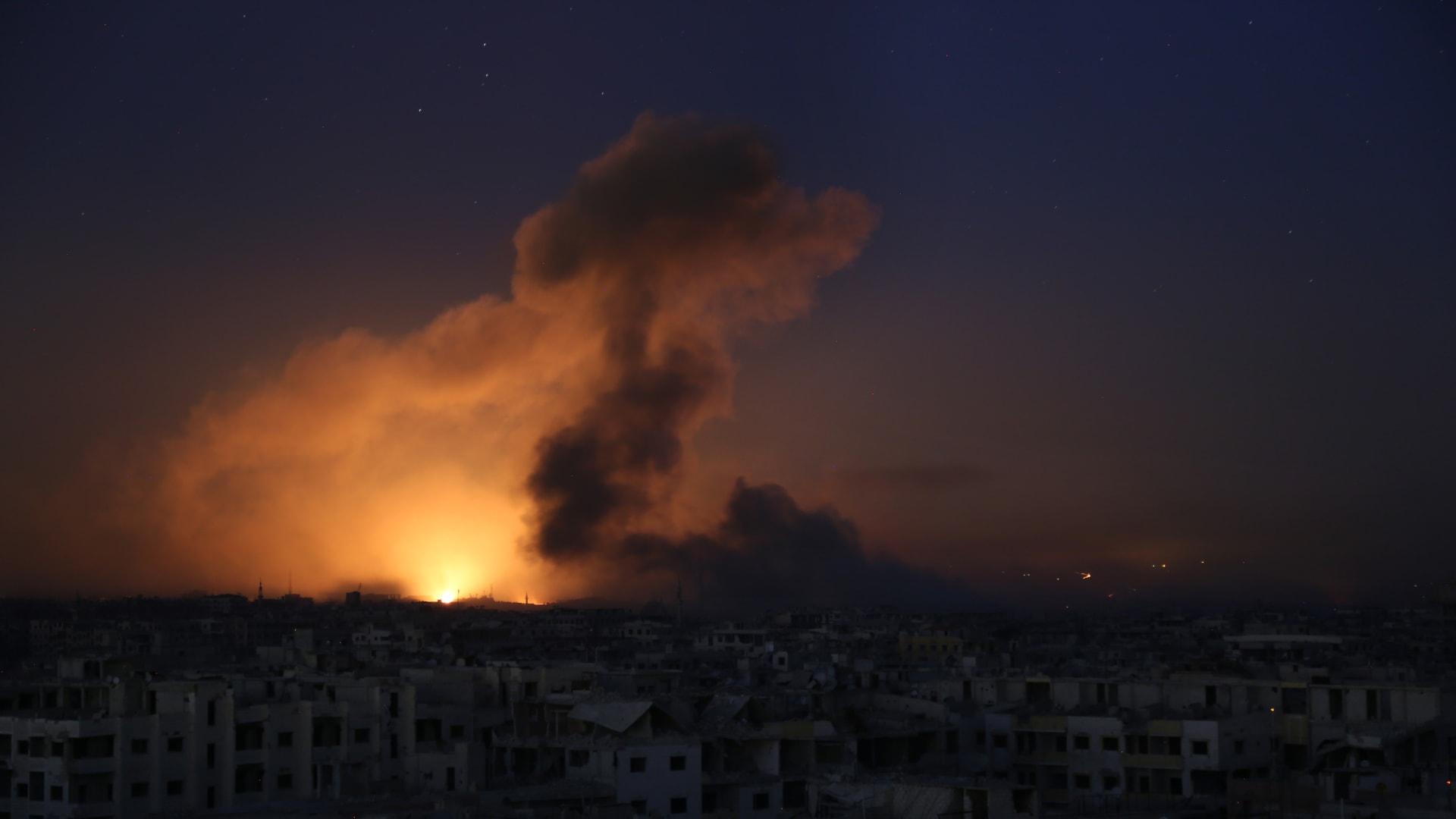 إسرائيل تقصف سوريا.. وسماع دوي انفجارات في دمشق