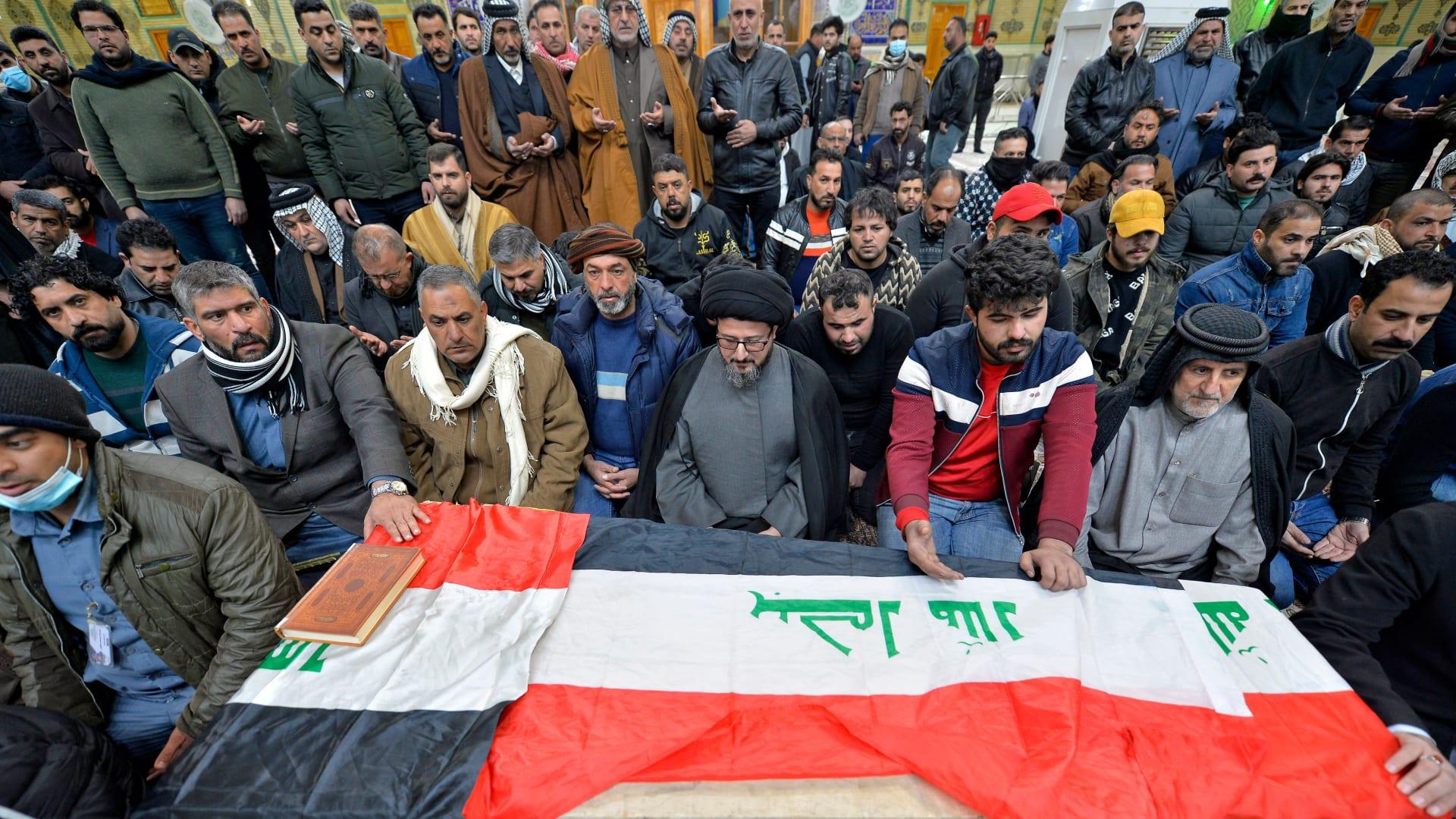 """رئيس الوزراء العراقي يعلن سلسلة إقالات و""""تغييرات أمنية كبرى"""" بعد تفجيري بغداد"""