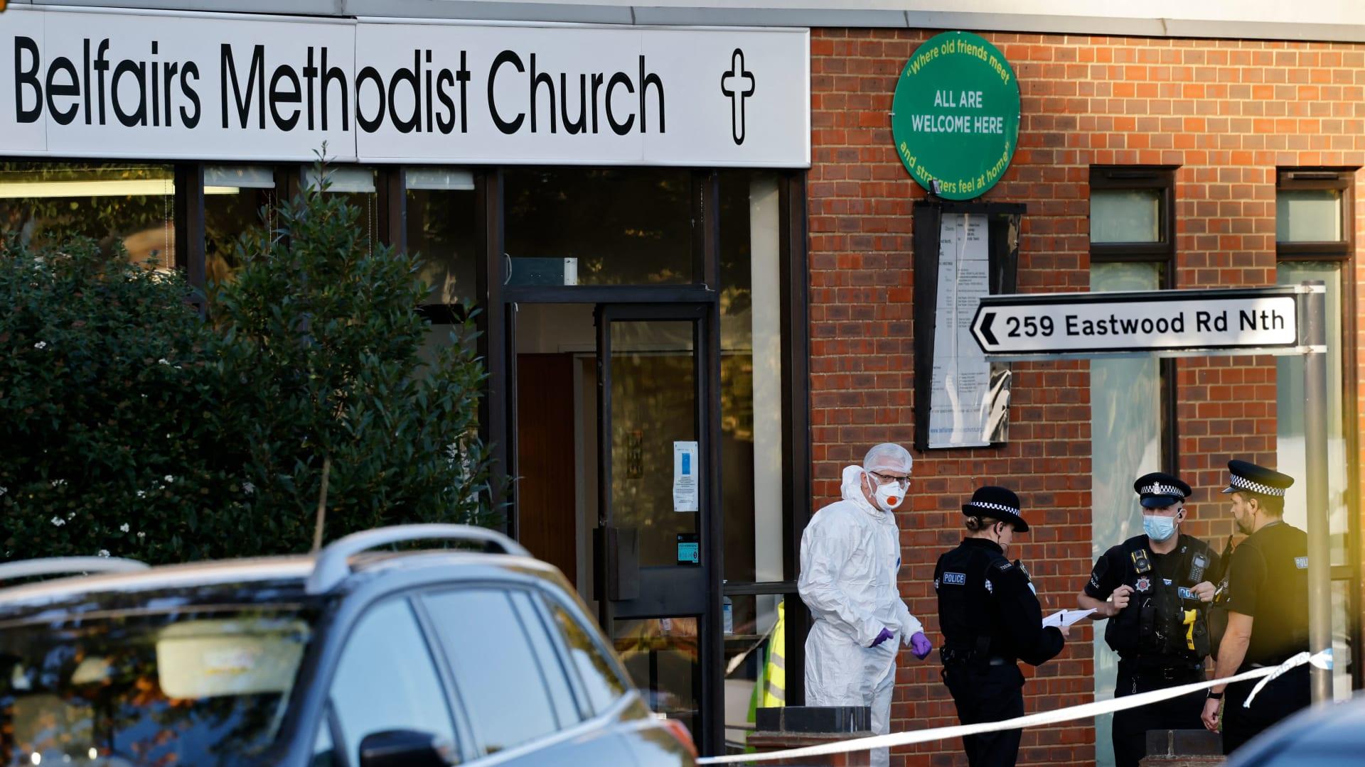 ديفيد أميس، النائب البريطاني الذي قُتل في حادث طعن بسكين يوم الجمعة