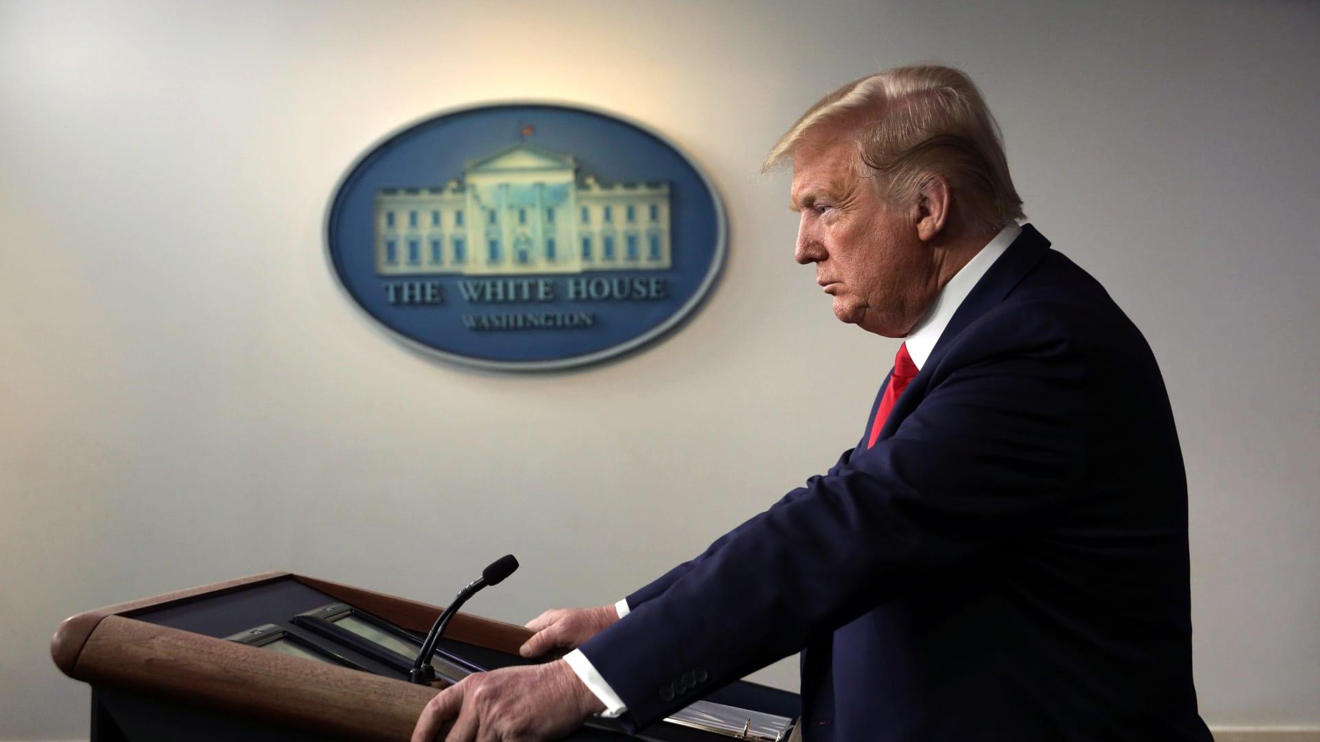 """روحاني يصف ترامب بـ""""الرجل المريض"""" بعد اقتحام الكونغرس"""
