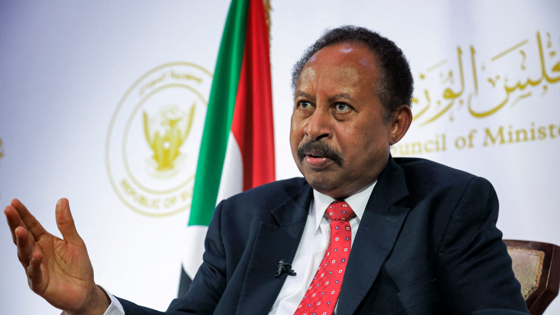 رئيس وزراء السودان: مخططو الانقلاب المعتقلين من الموالين لعمر البشير