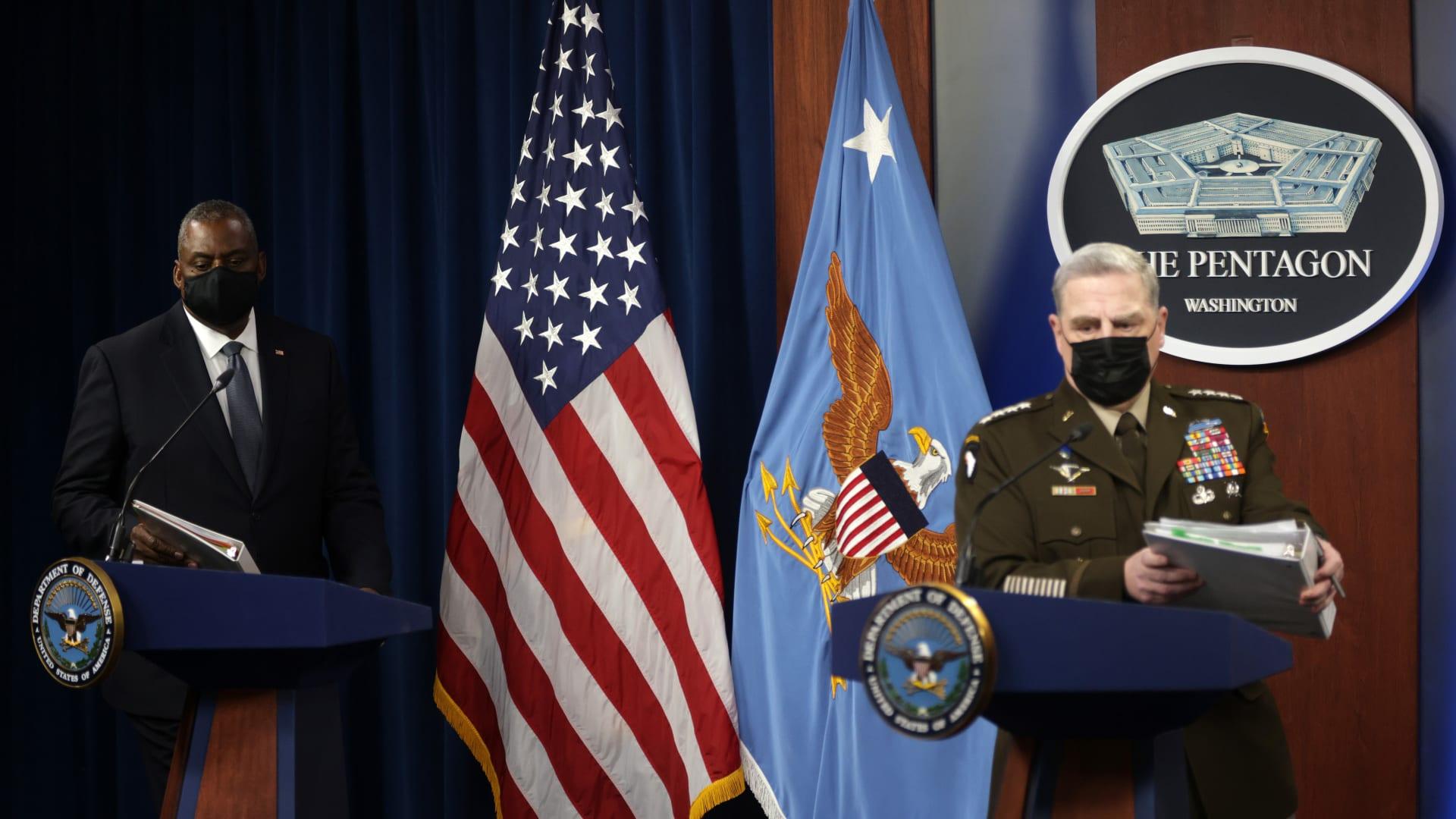 وزير الدفاع الأمريكي: قمنا بـ89 رحلة ونقلنا 12500 روح إلى الحرية يوم هجوم مطار كابول