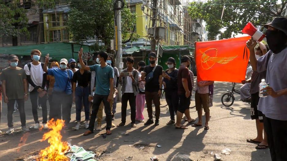 ماذا يعني إعلان المجلس العسكري وقف إطلاق النار في ميانمار؟