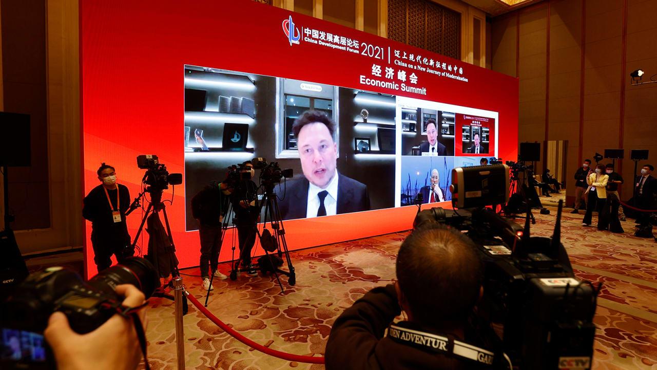 """إيلون موسك: سنوقف أعمالنا إذا استخدمت سيارات """"تسلا"""" للتجسس في الصين"""