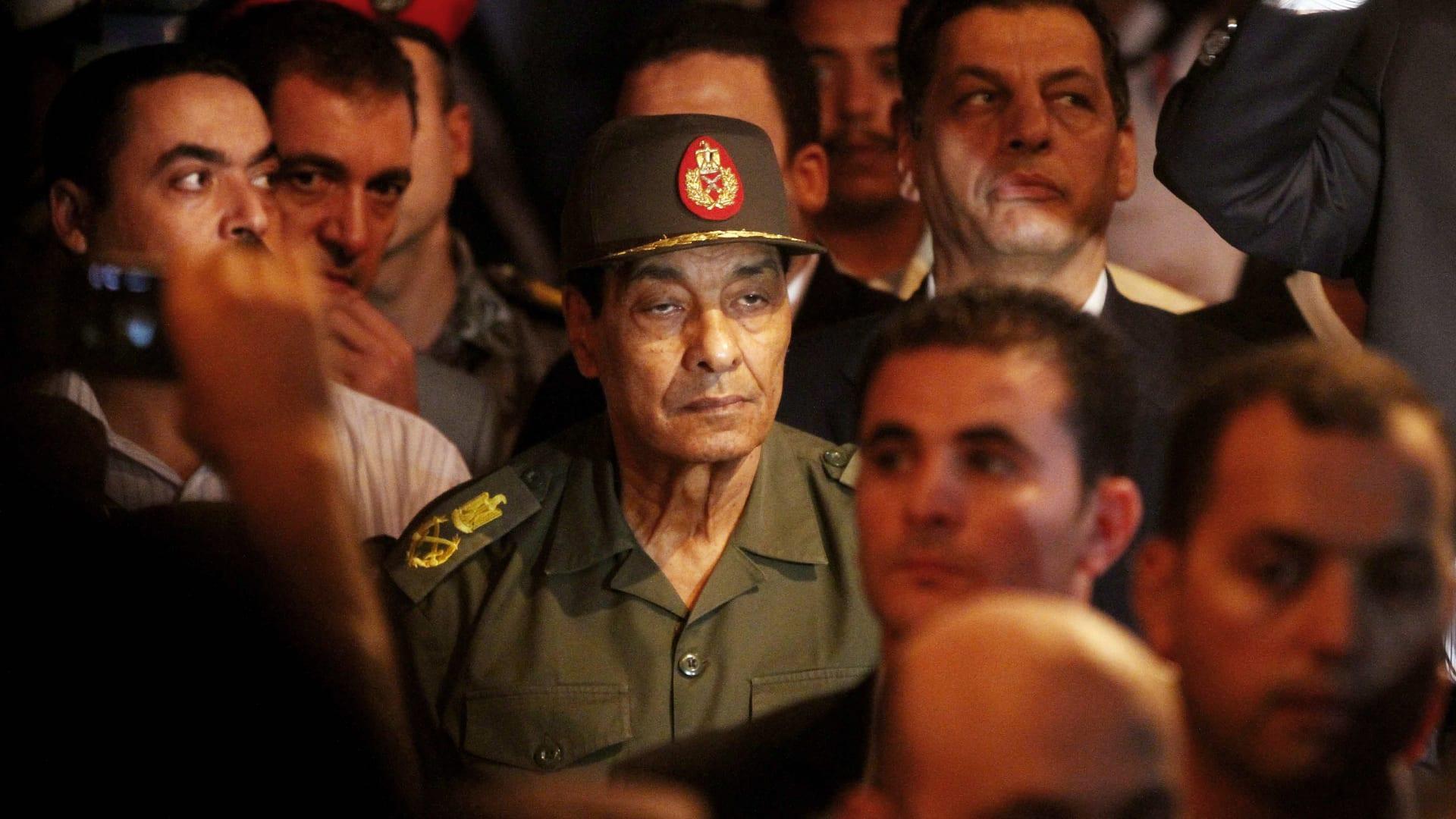 محمد بن زايد: المشير طنطاوي حافظ على استقرار مصر في أصعب الظروف