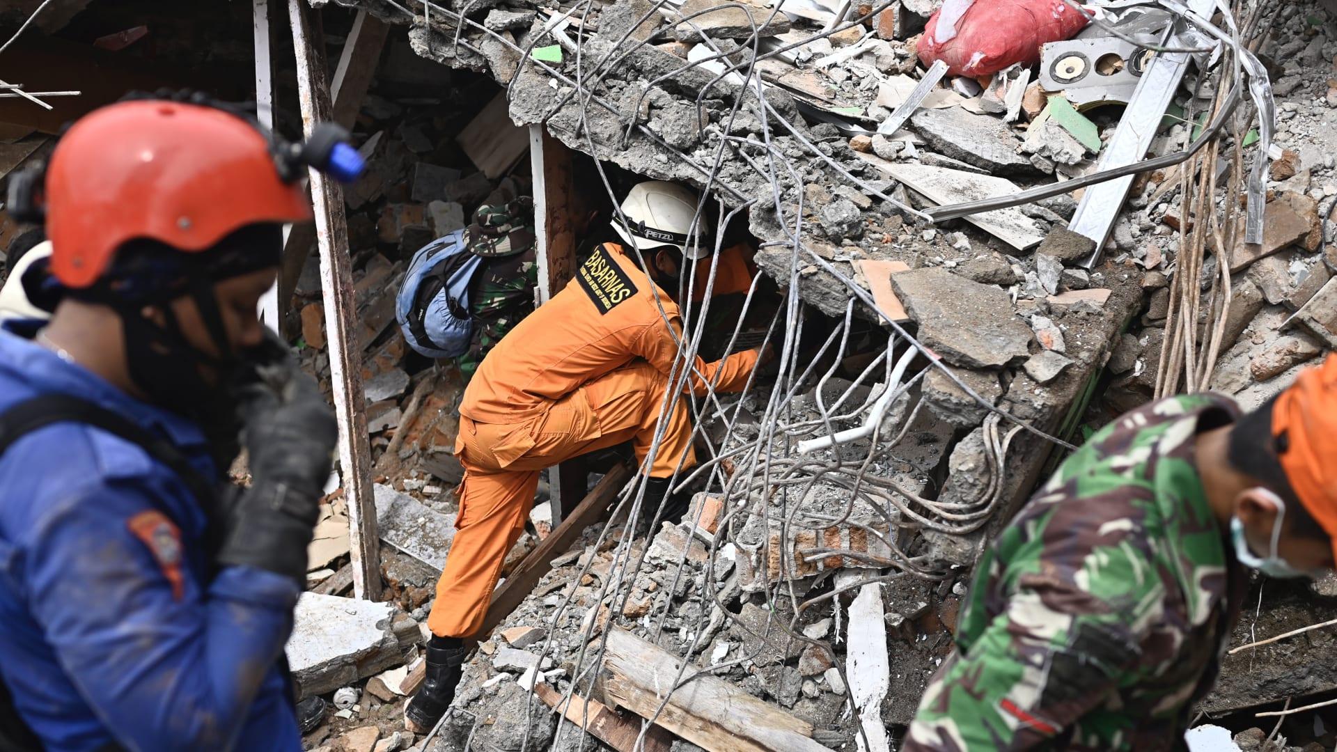 إلى أي مدى وصل تأثير زلزال جزيرة سولاويسي الإندونيسية؟