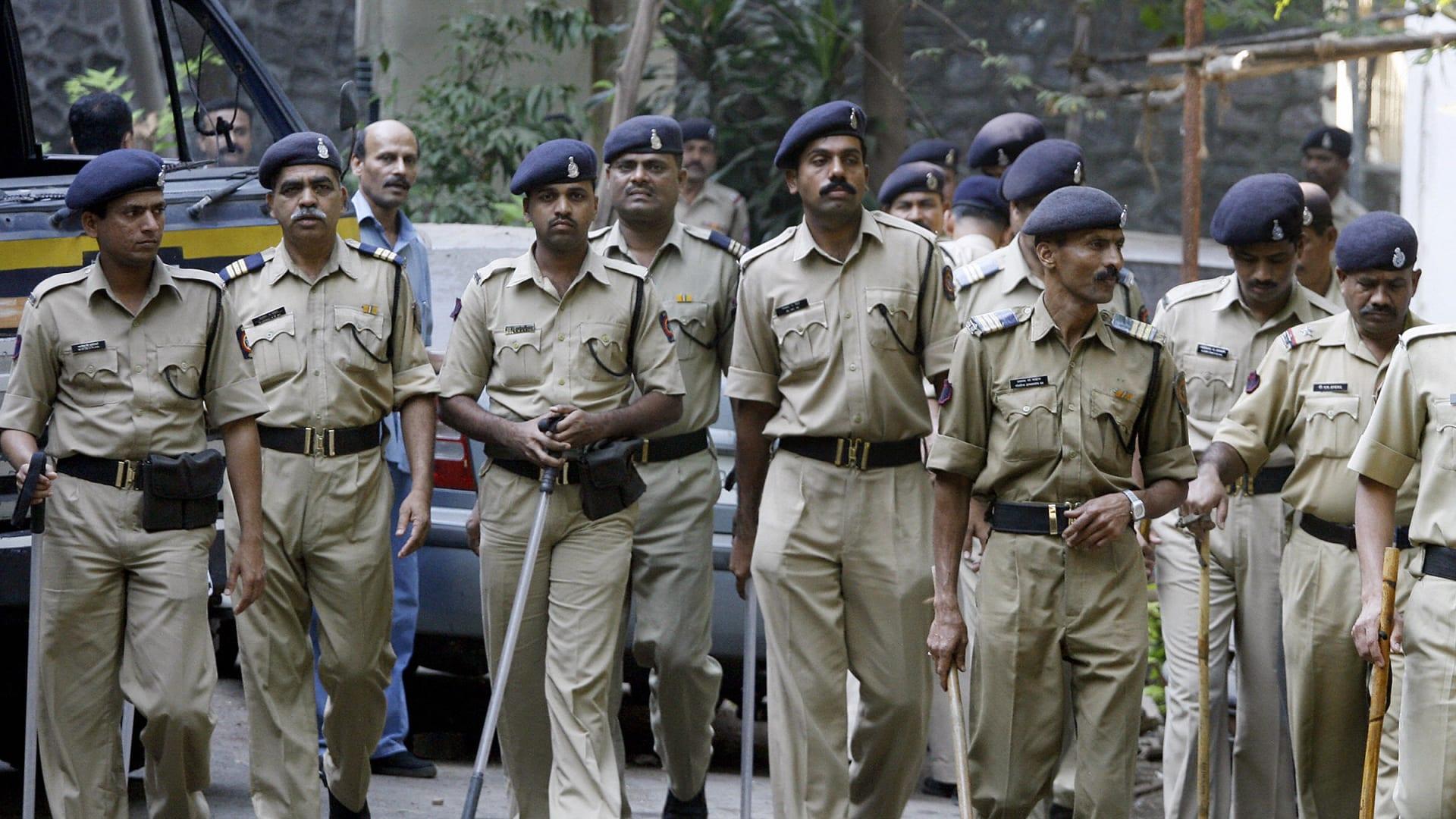 صورة أرشيفية لعناصر بالشرطة الهندية