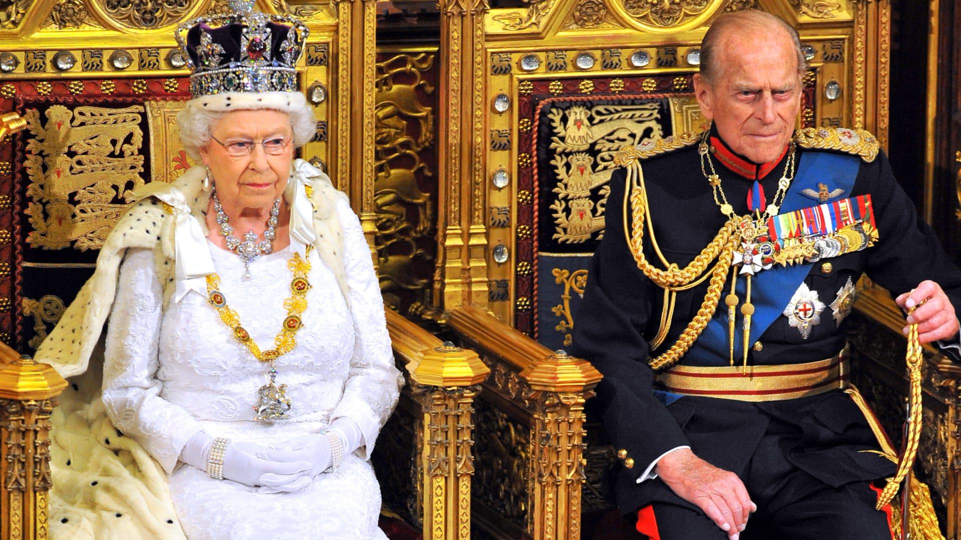 قصر باكنغهام: وفاة الأمير فيليب زوج الملكة إليزابيث عن عمر 99 عاما