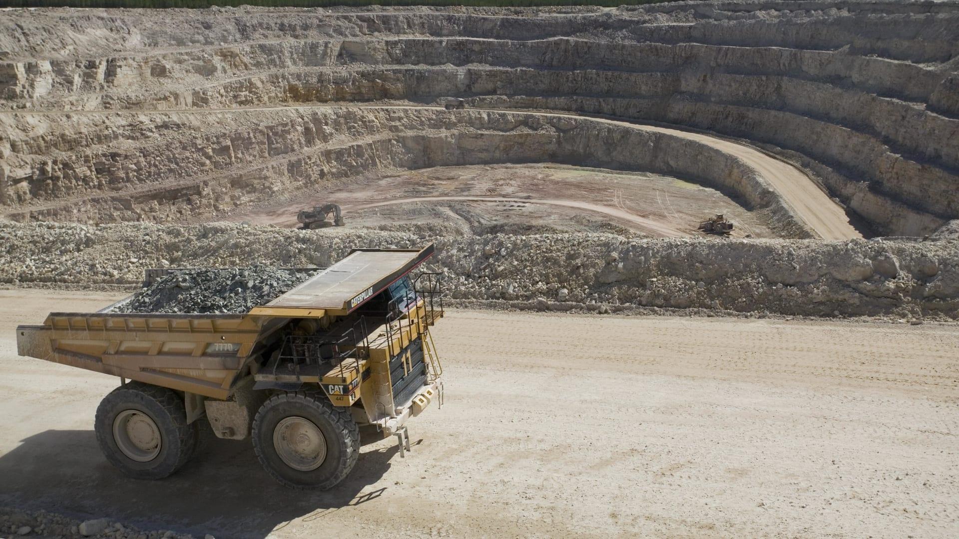 3 دول تنتج أكثر من ثلثي إمداداته العالمية.. هذا حجم تعدين اليورانيوم