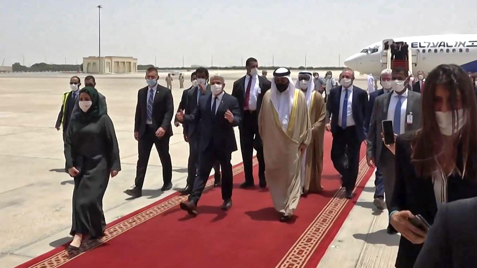 وزير الخارجية الإسرائيلي لدى وصوله إلى الإمارات