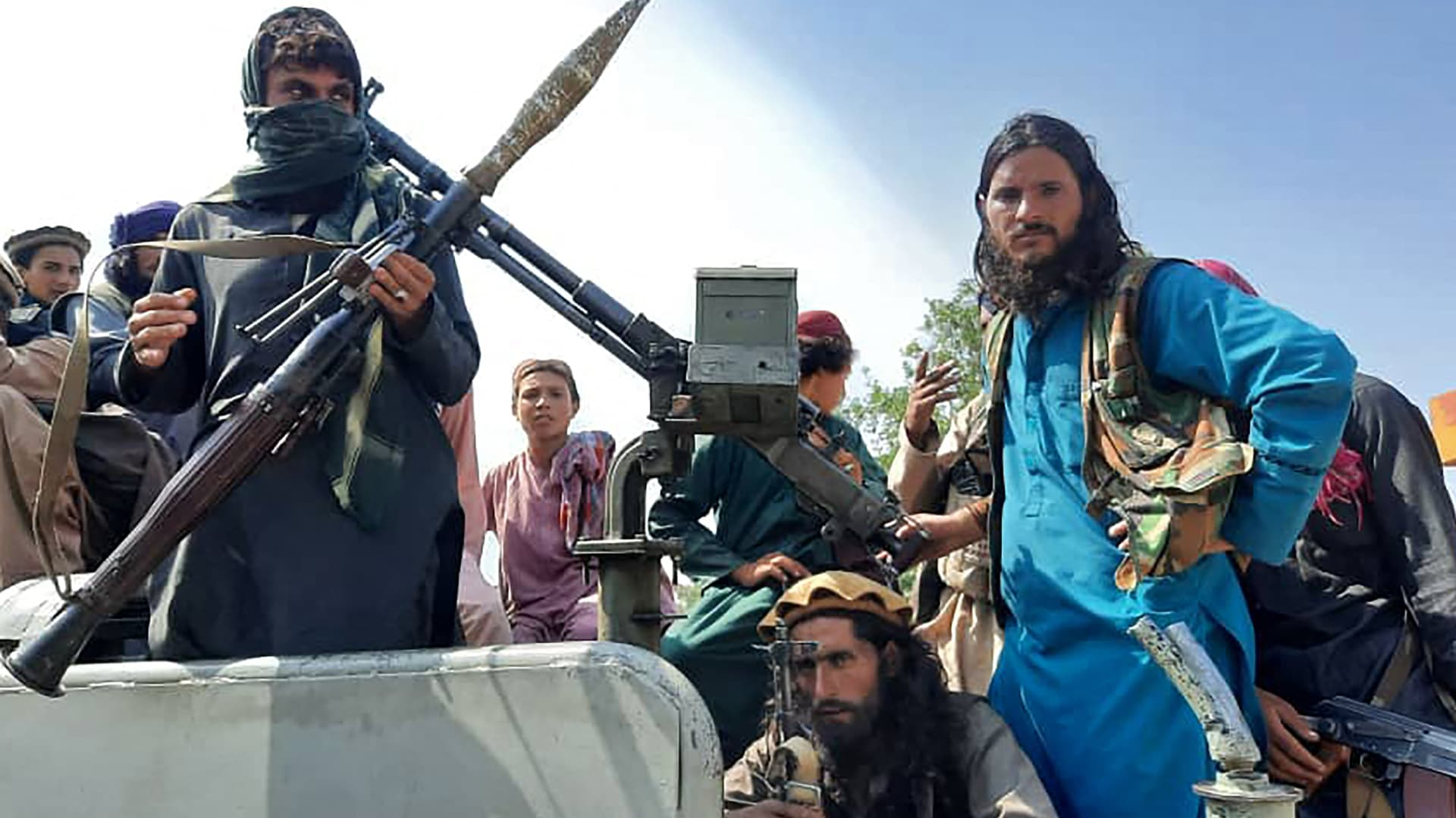 ماكرون: لم يكن لفرنسا سوى عدو واحد في أفغانستان
