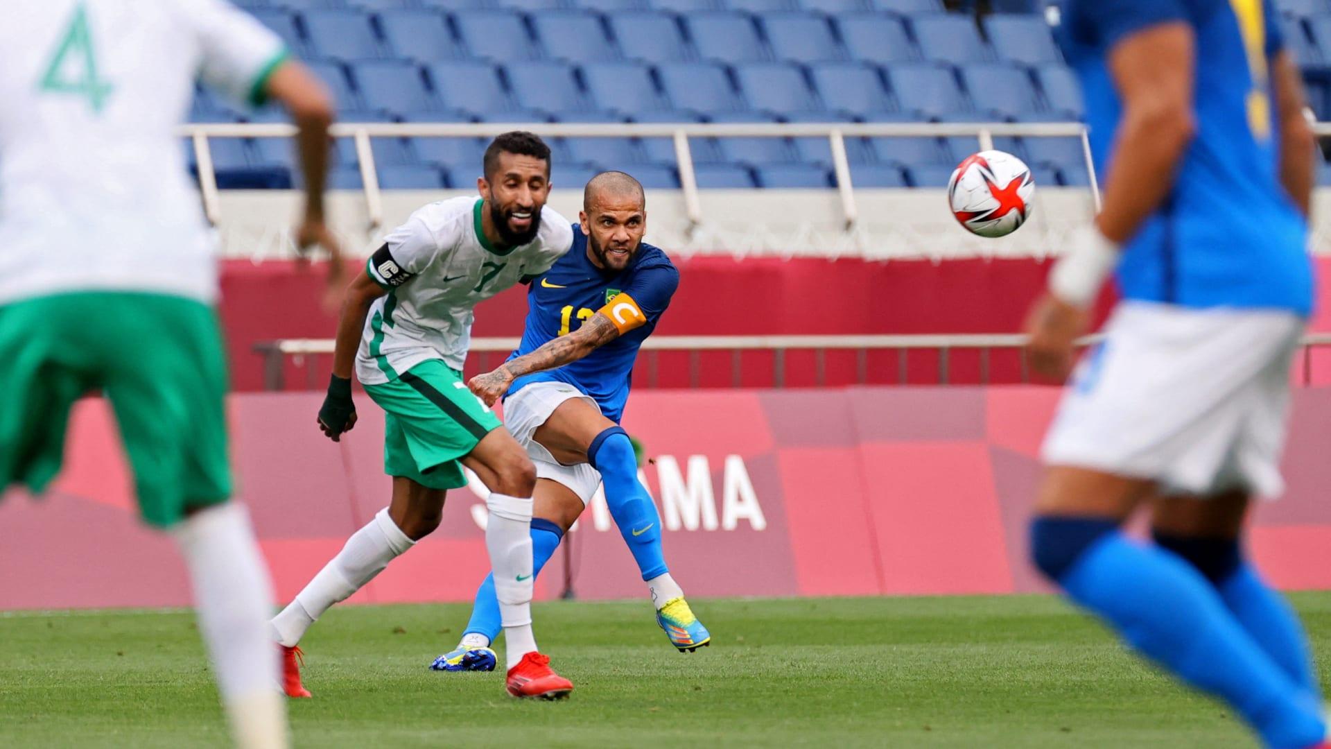 أمام داني ألفيس.. السعوديان سلمان الفرج وعبدالرحمن غريب يستعرضان مهاراتهمها