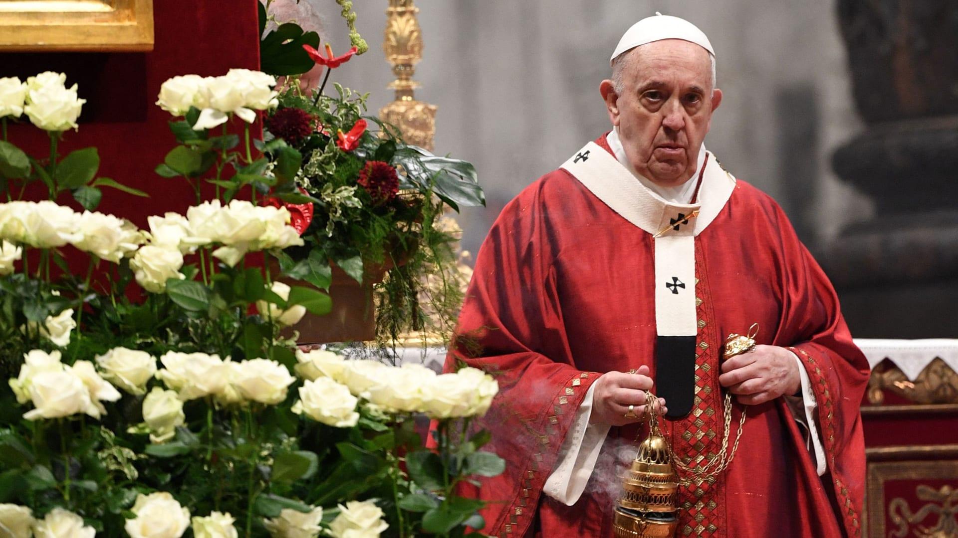 ما هو التهاب الرتج؟ طبيب يشرح الحالة الطبية للعملية الجراجية التي خضع لها البابا فرانسيس
