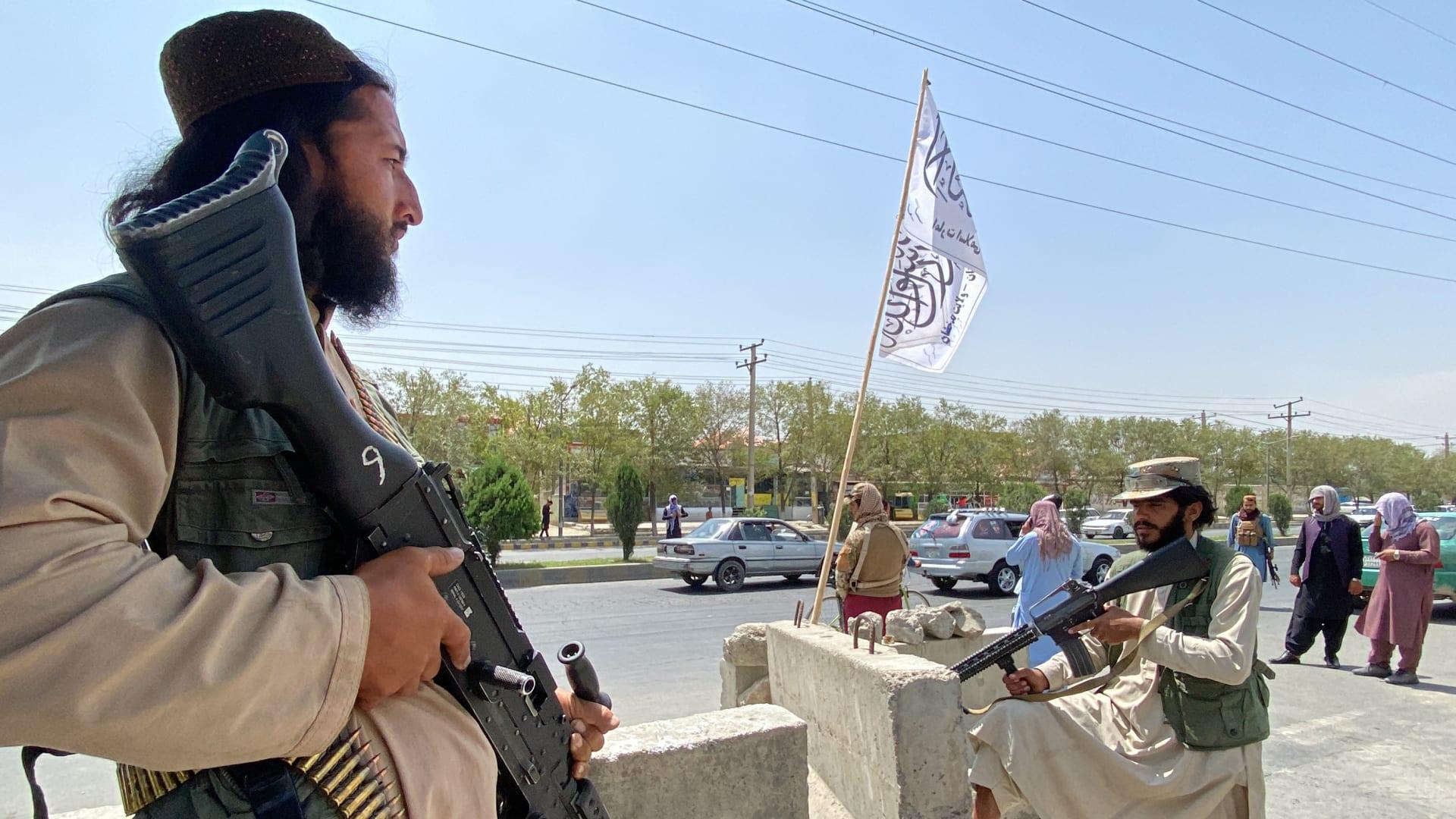 طالبان.. تاريخ الحركة التي عادت إلى حكم أفغانستان من جديد