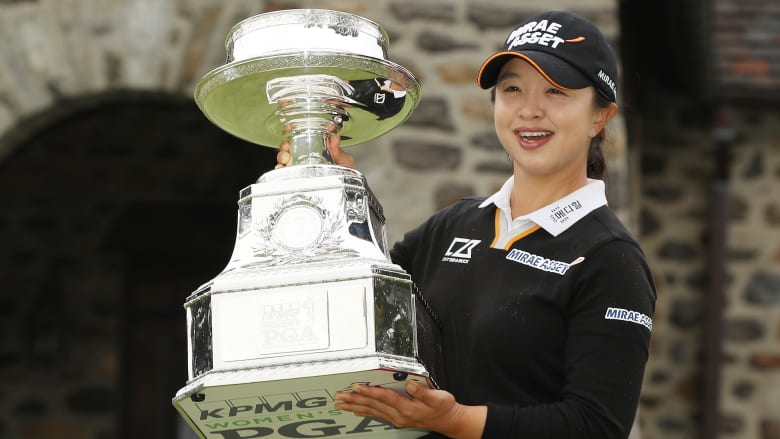 كيم سي يونغ.. صُنفت لسنوات ضمن أفضل لاعبي الغولف والآن حصدت أول بطولة كبرى