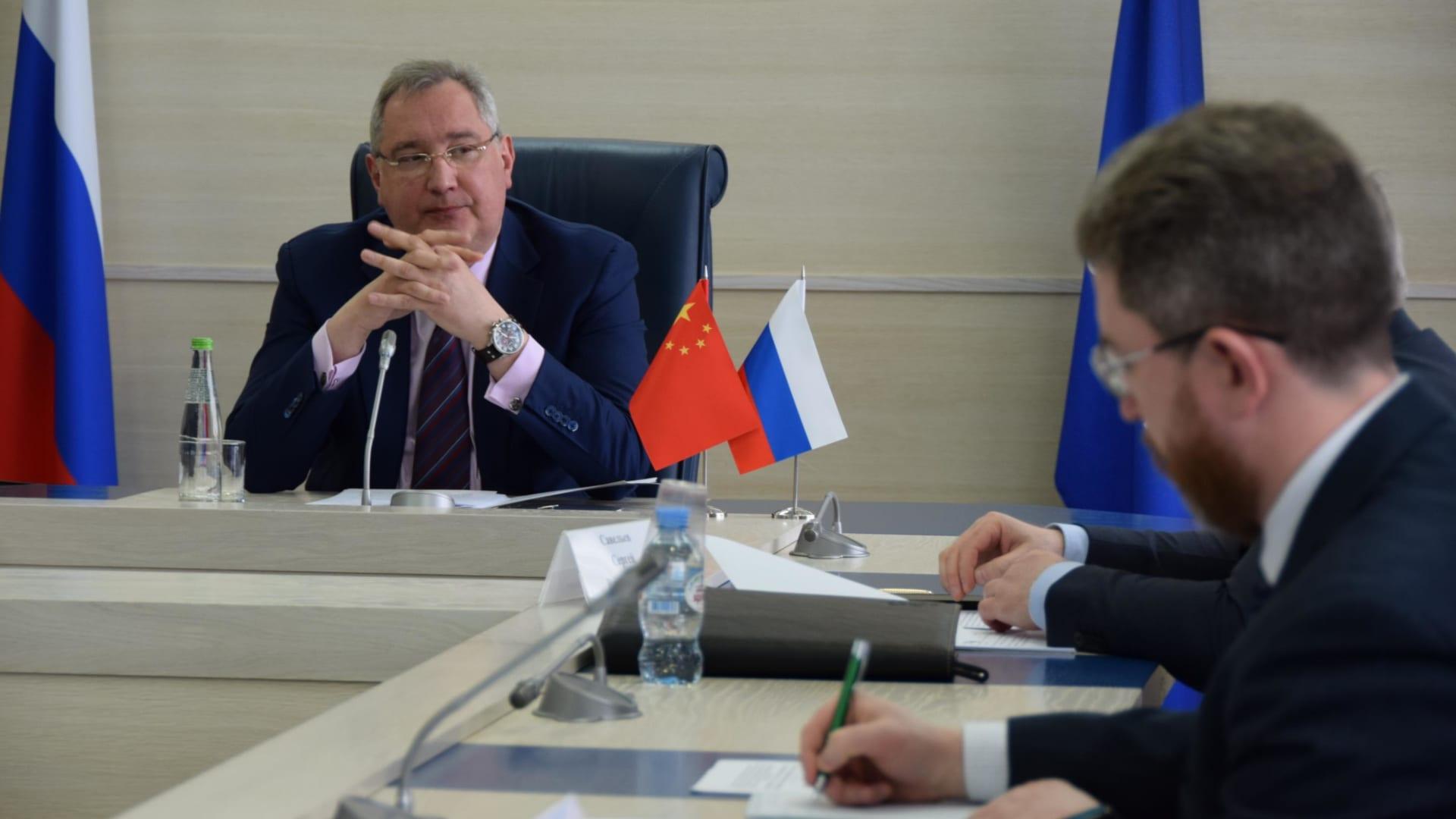 الصين وروسيا تتفقان على بناء محطة فضائية مشتركة على سطح القمر