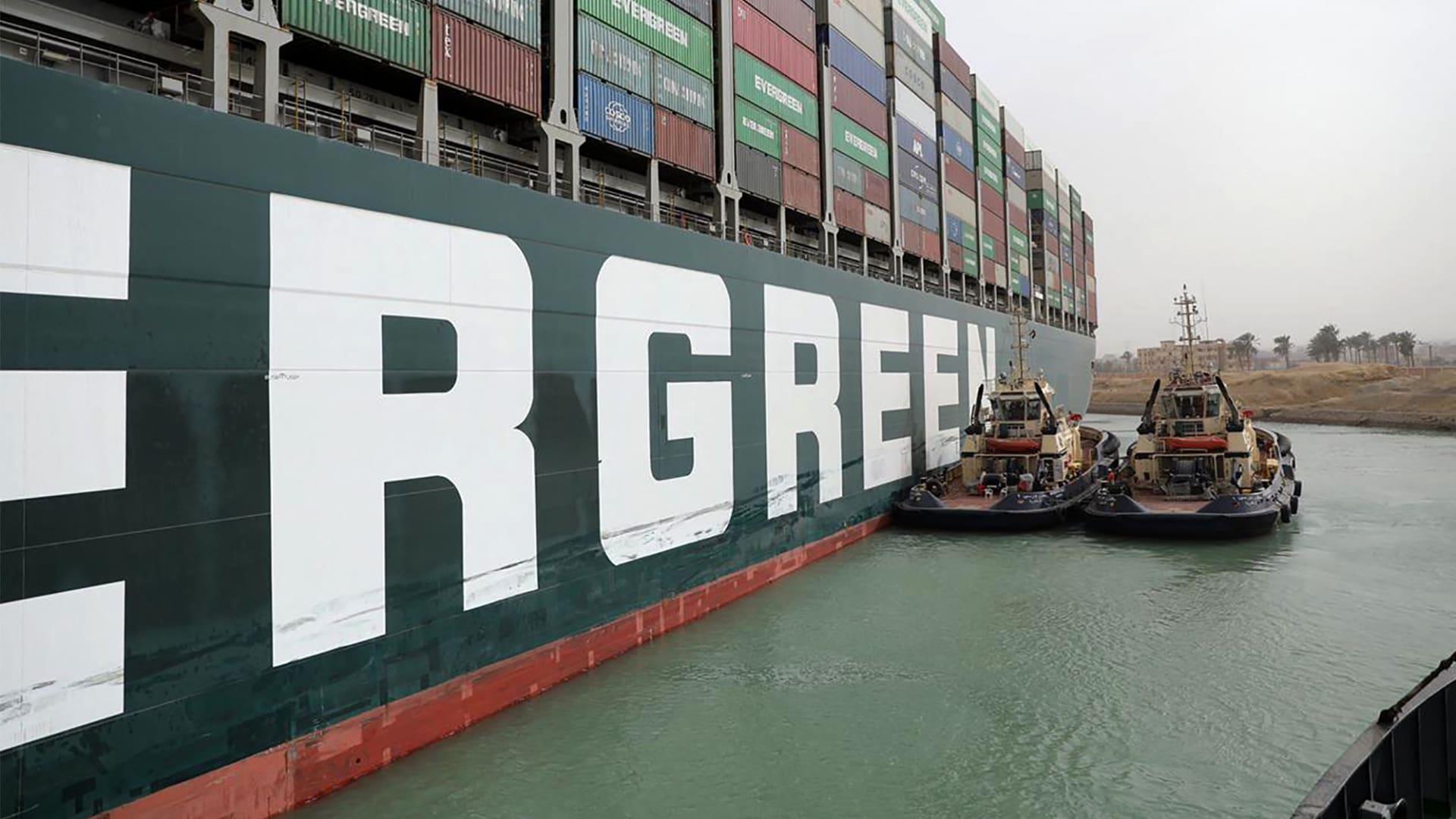 رئيس العيئة العامة لقناة السويس: السيسي اقترح التحضير للسيناريو الثالث بشأن تعويم السفينة