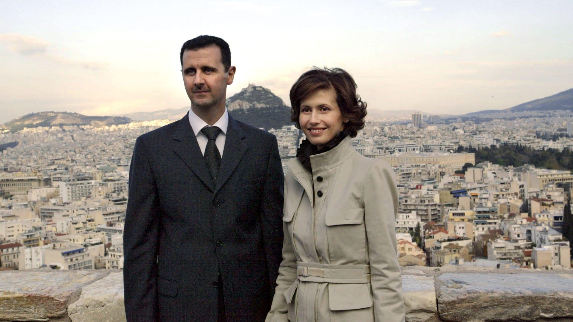 صورة ارشيفية لبشار الأسد وزوجته أسماء العام 2003