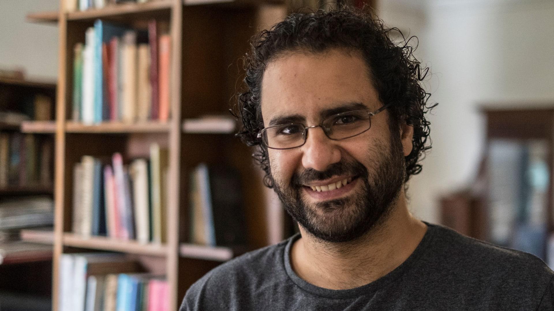 صورة أرشيفية للناشط المصري المعتقل علاء عبدالفتاح