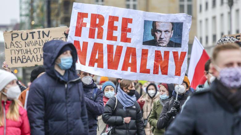 روسيا تلقي اللوم على أمريكا لتشجيع أنصار نافالني وسط مظاهرات ضد الكرملين