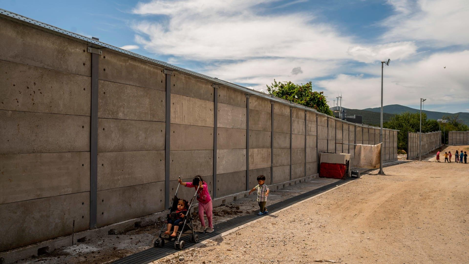 جدار حدودي بين اليونان وتركيا